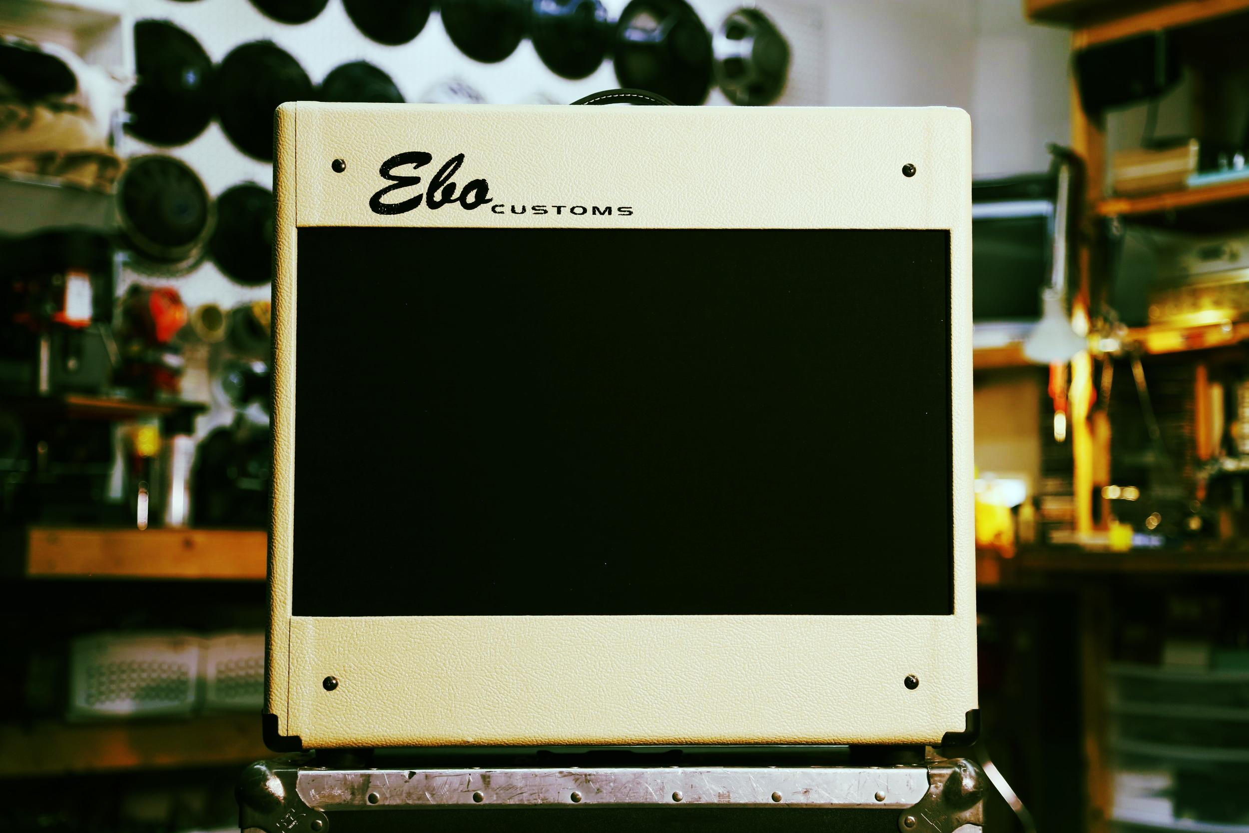 the EBO CUSTOMS Del Rio -
