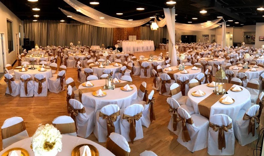Midpointe Event Center Grand Ballroom Gold and White Weddign Reception.jpg