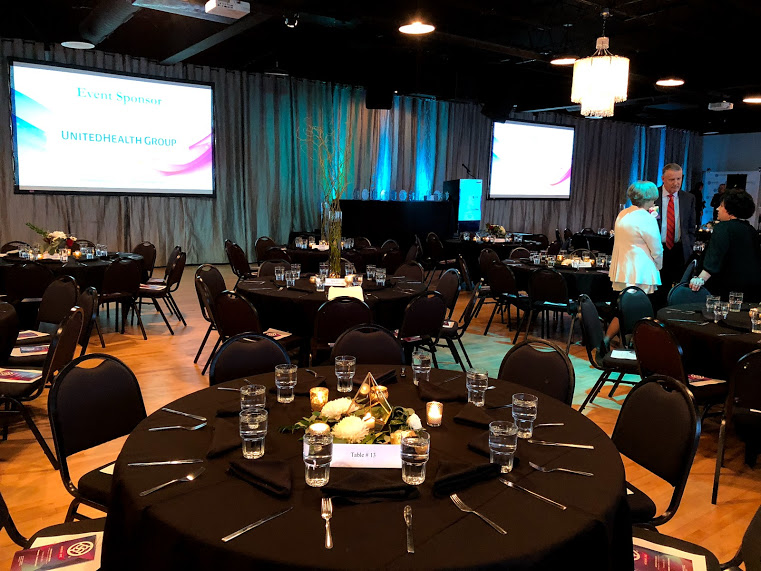 The Ultimate In Flexibility & Convenience - Pairing flexibility and high standards, Midpointe offers you numerous complimentary amenities and services to enhance all aspects of your event.