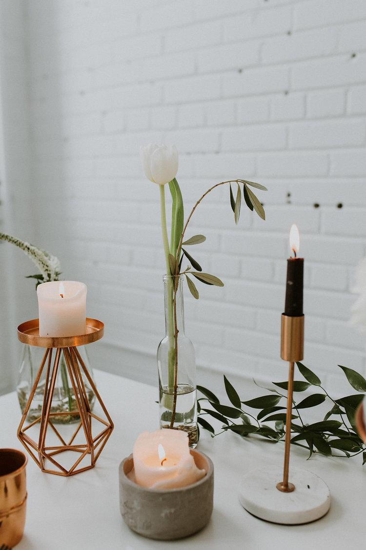1149    Chandelier cuivre et marbre / Marble and Copper Candlesticks    3