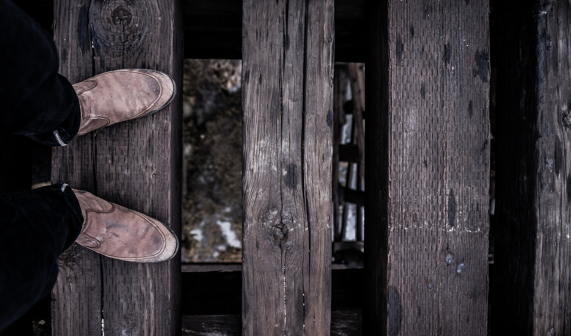 feet-1245957_1920.jpg