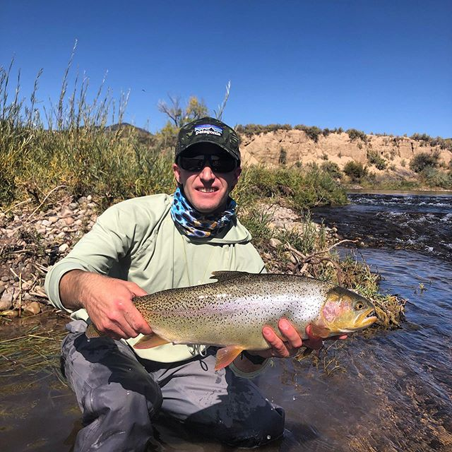 Life goals! #colorado #rainbow #trout #streamerjunkie #fish #wentfishing #hooked #flyfishing #simmsflyfishing #patagonia #cleanriver #protectnature #catchandrelase #adventure #getoutside #goforit #richvalleyadventures