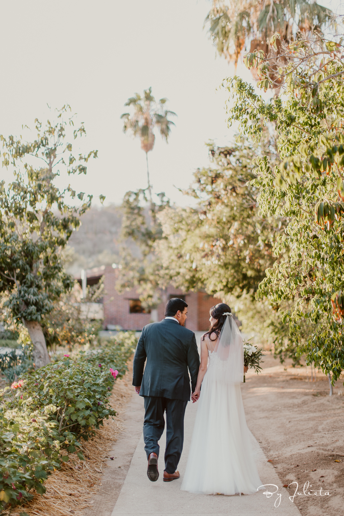 FlorasFarmWedding.L+S.JulietaAmezcuaPhotography.(376of750).jpg