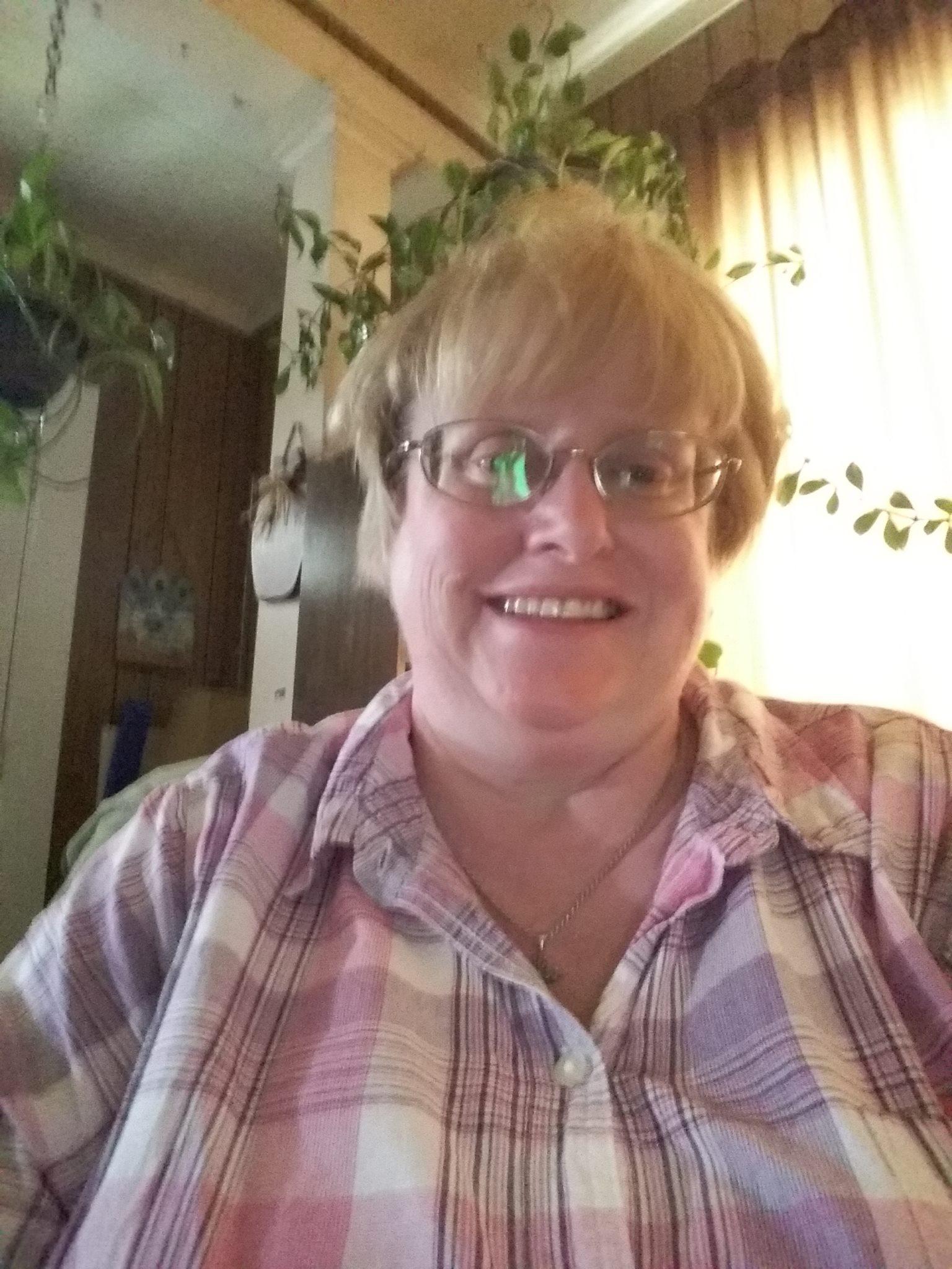 Julie Wooten - Receptionist
