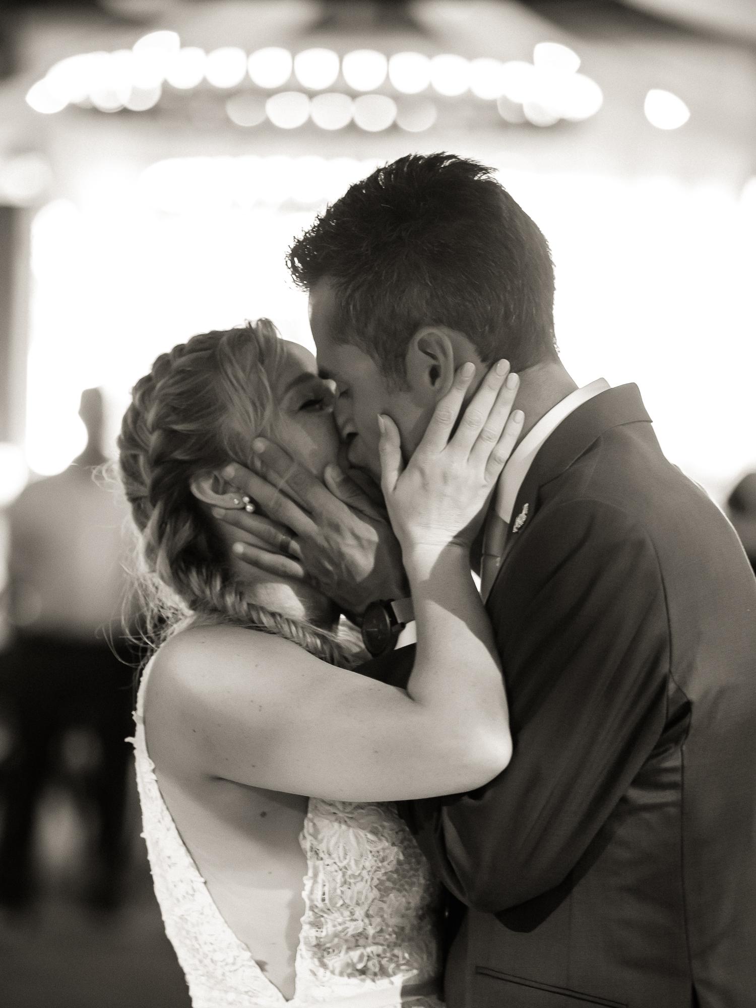 McKenzie+Andy_wedding_blog-125.jpg