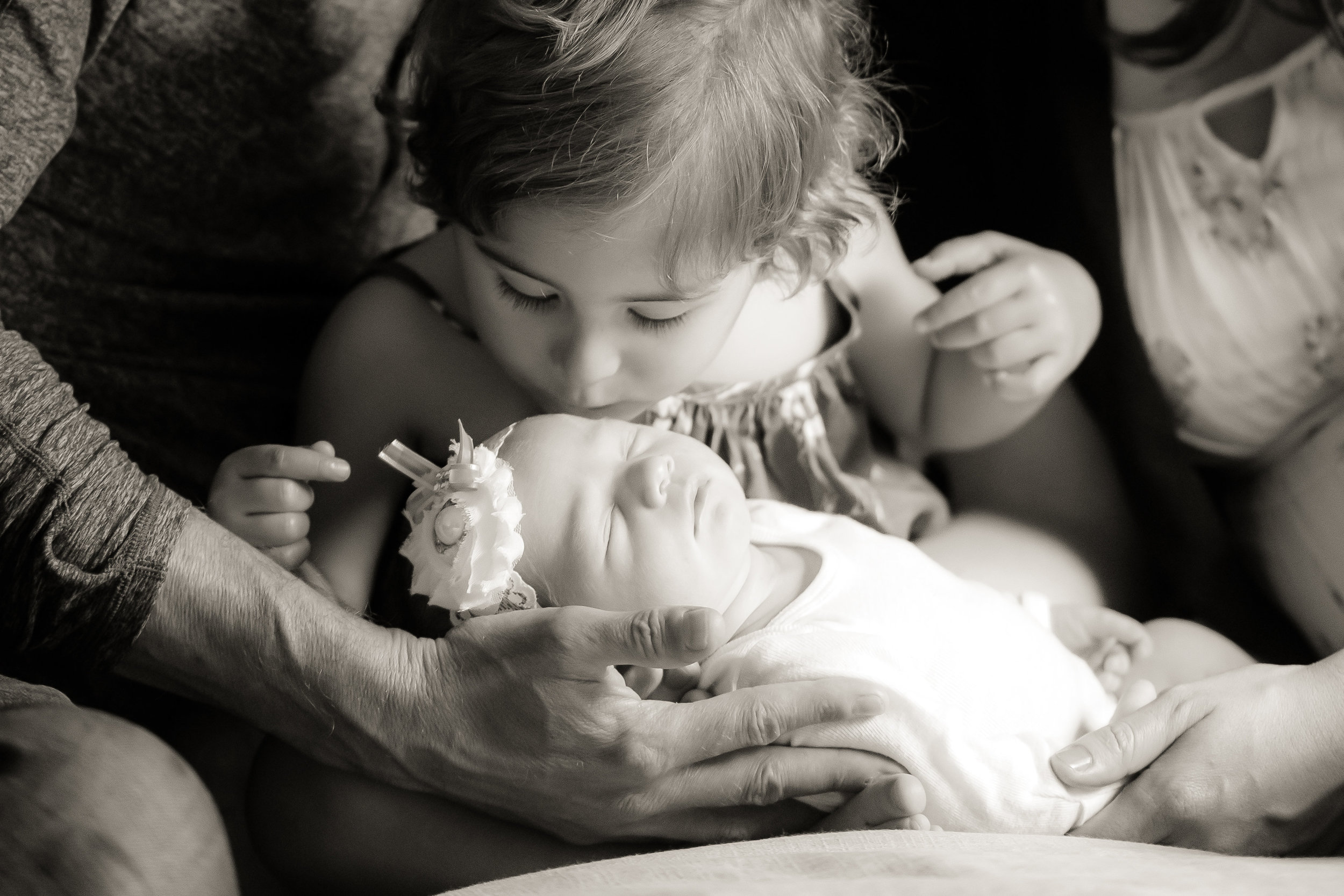 Essie+Family_newborn_spp-39.jpg