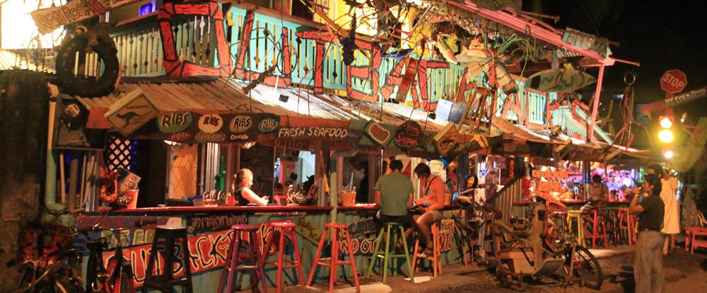 Puerto Viejo has some really nice, fun bars to go out and enjoy yourself. Not to mention, they have some amazing music as well.