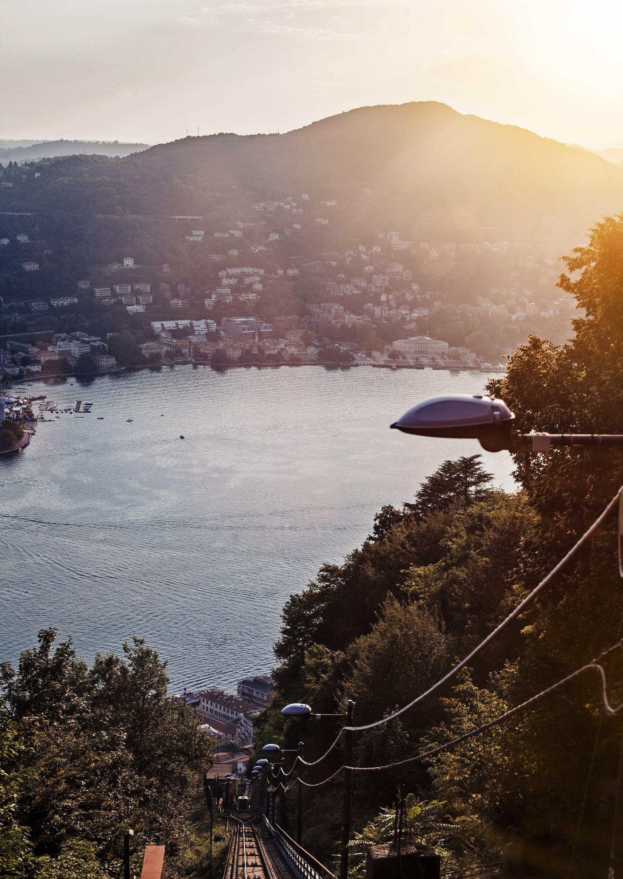 lake como sunset