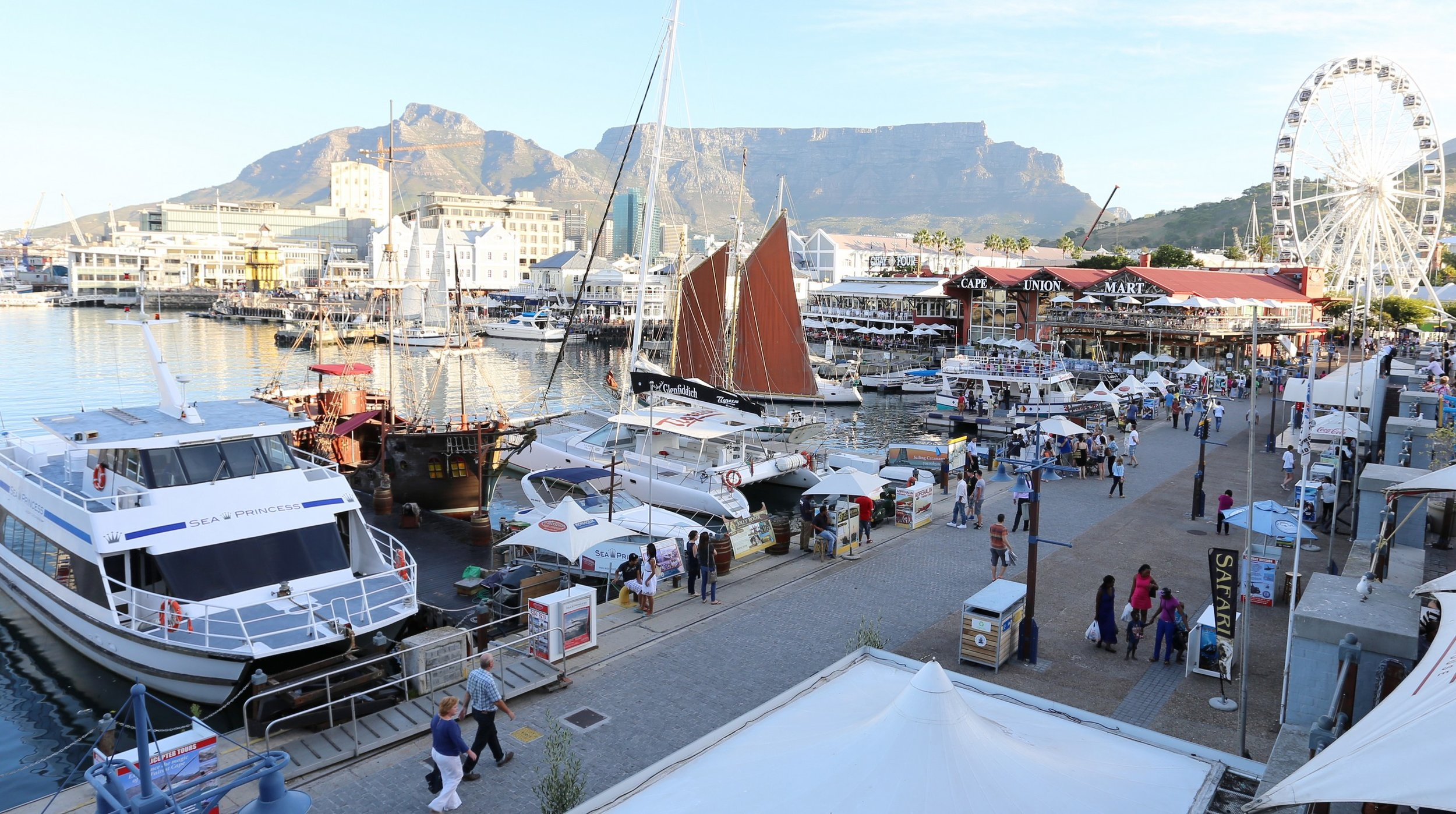 visit-cape-town-victoria-and-alfred-waterfront-5.jpg