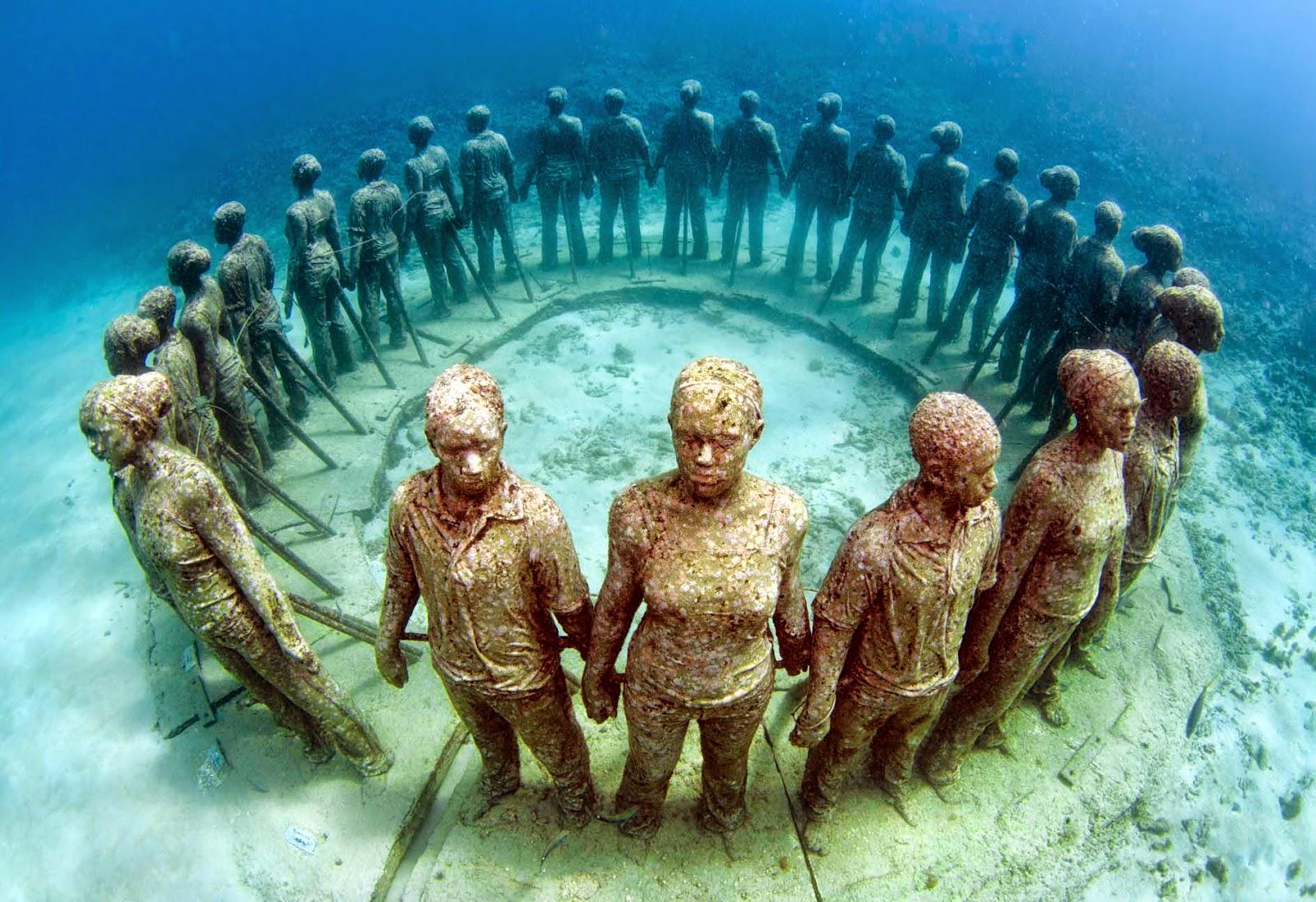 Under-water-statues.jpg
