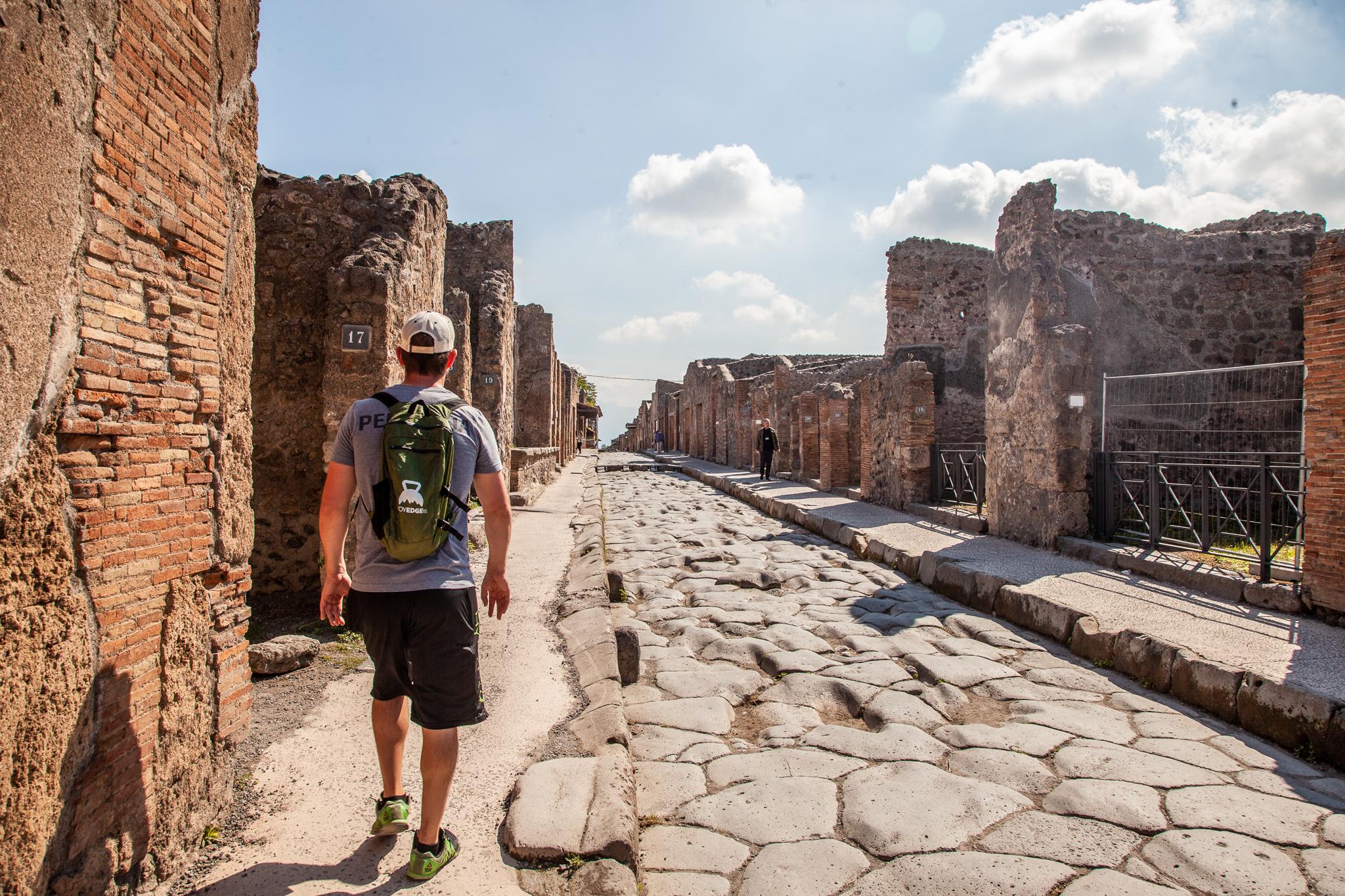 pompeii italy voyedgerx