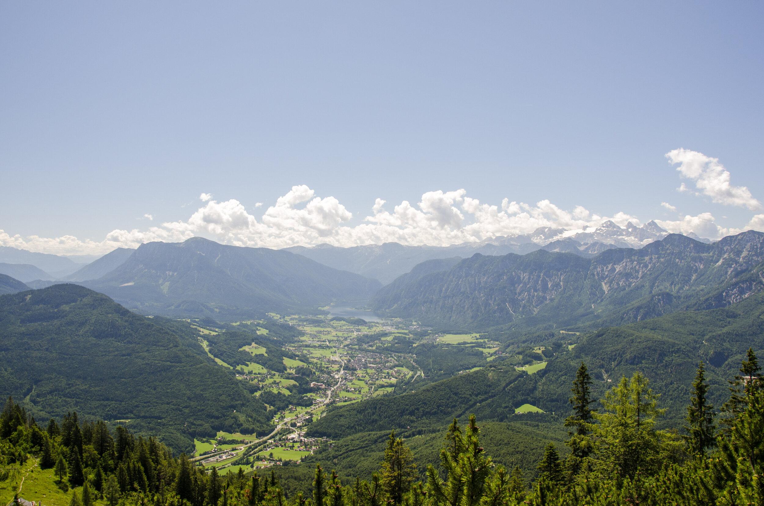 The view of Hallstatt Valley