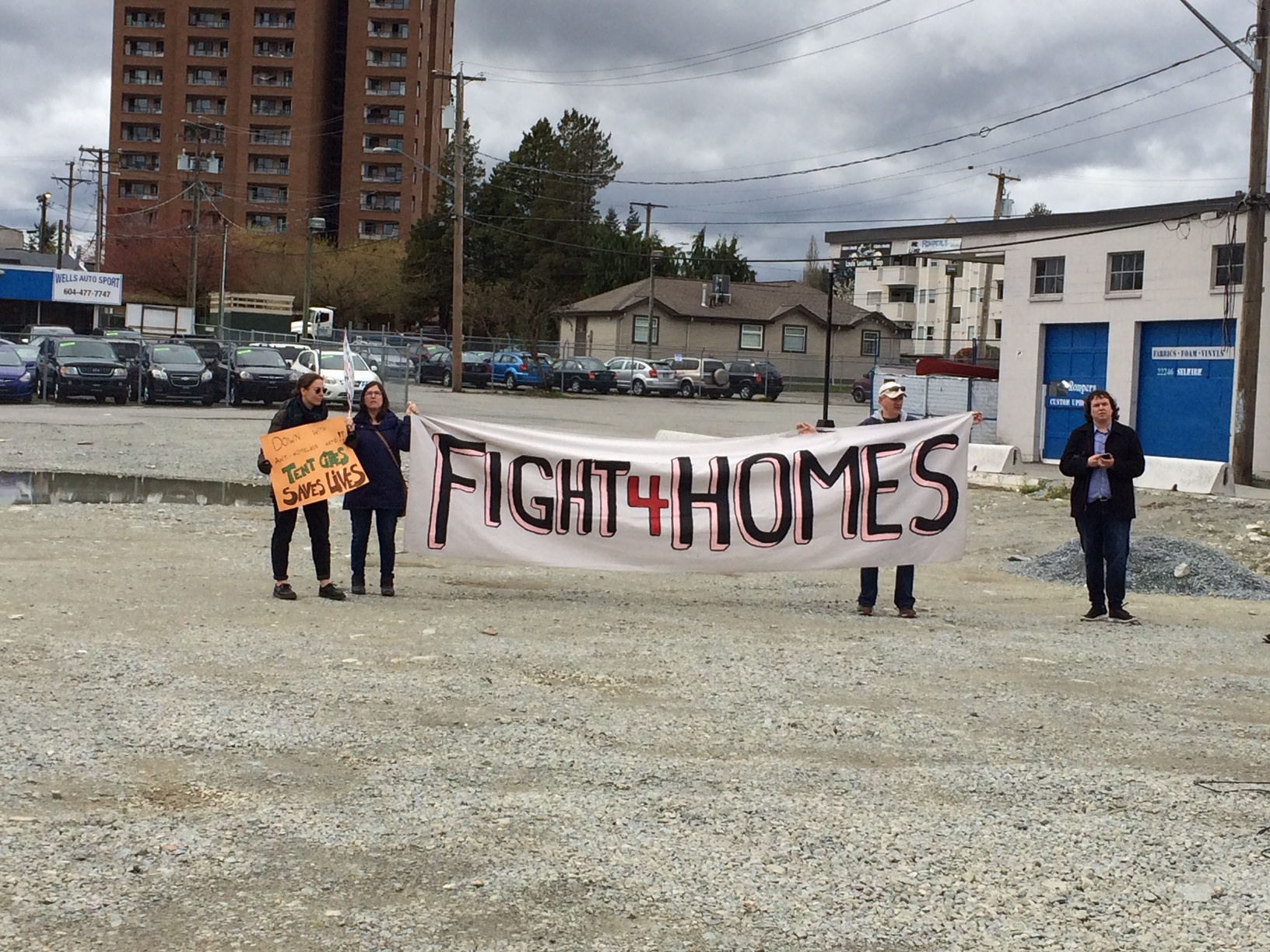 Homes Not hate rally in Maple Ridge - April 14 2019 (5).JPG