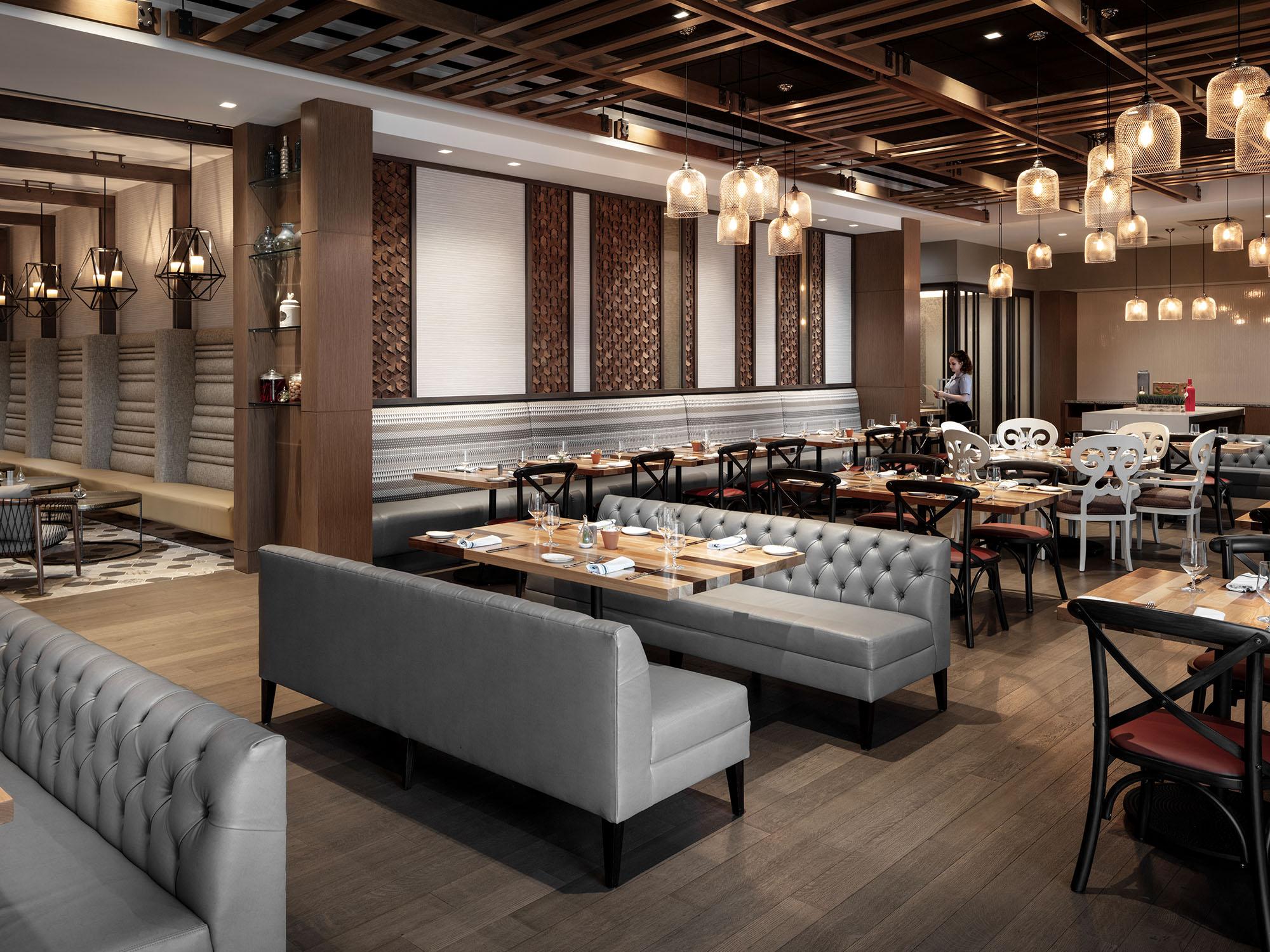 Hilton Miami Dadeland Hospitality Furniture Design _0002_RTKL_050819_9369.jpg