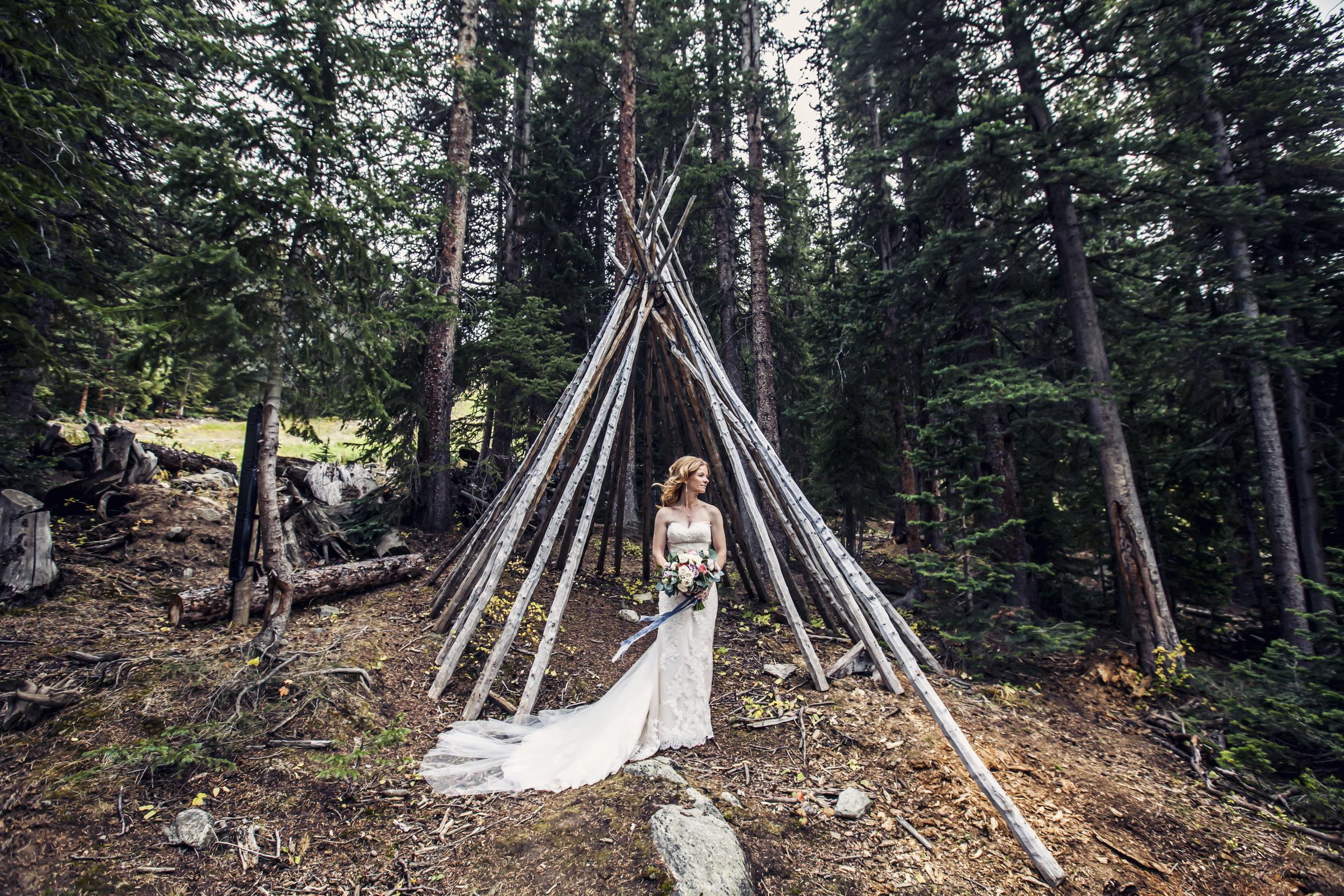 - Shannon & Joel | Arapahoe Basin Wedding