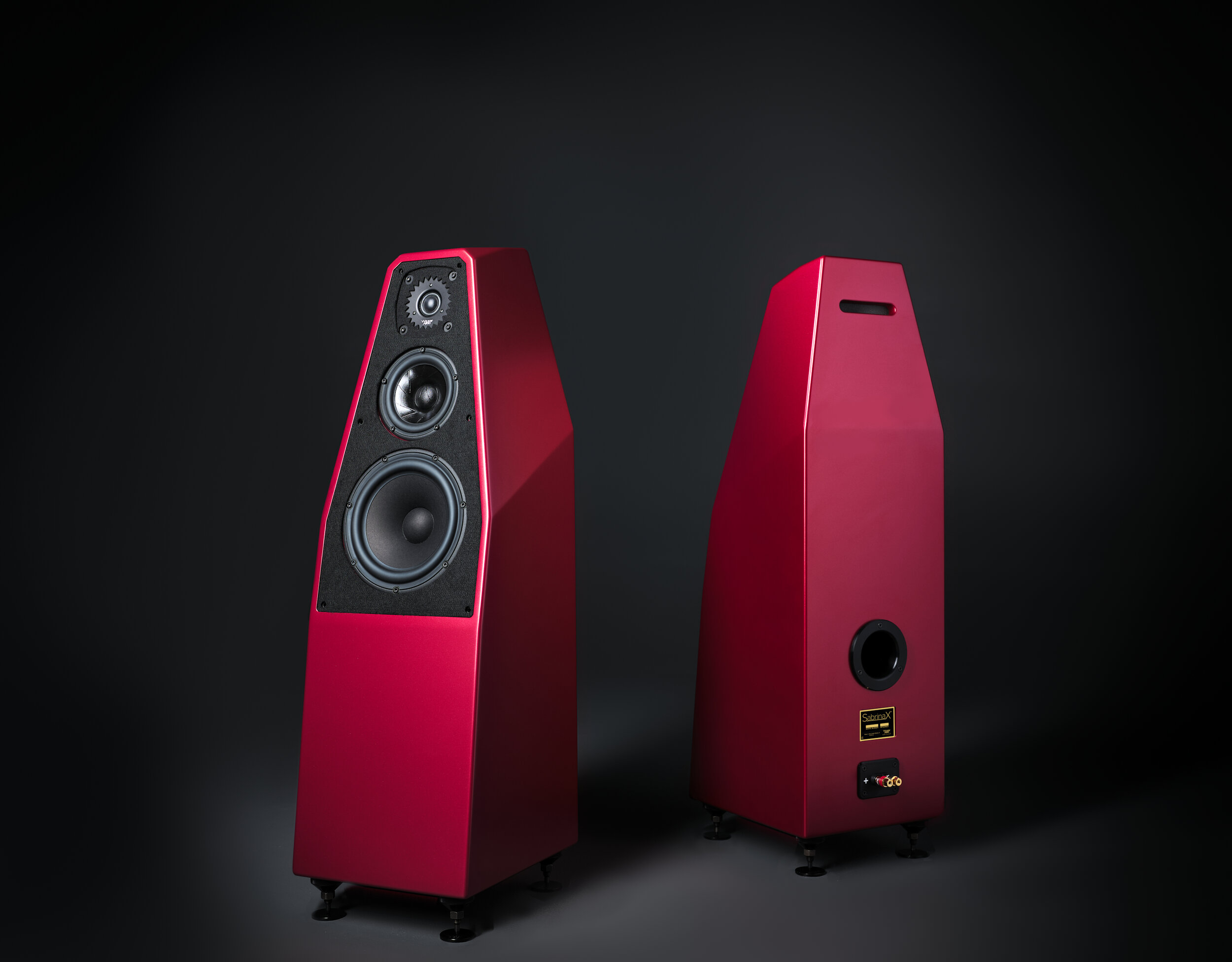 red sabrinax speakers