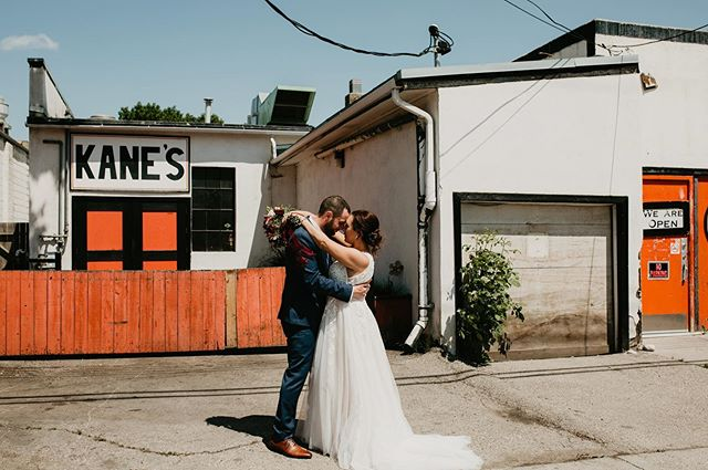 Yesterday was spent with an incredible couple and their people . We decided to stop by @sledisland for some FUN  Congrats to these two stunners ❤️❤️ HMUA @blushandcoco #happiness #yycevents #yycweddings #destinationwedding #junebugweddings #photography #photographer #explorepage #adventuretime #roamtheplanet #yyc #yycelopement #banffelopement #canmorewedding #thenash #thenashyyc #thenashwedding #triwoodcommunity #destinationwedding #girlslovetravel #lookslikefilmweddings #huffpostido #mastinlabs #explore #portra #kanes #harleydavidson #inglewood #canadiancreatives #banffweddingplanner