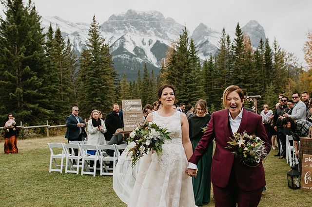 Best day in the mountains. #pumpkinspice #everything #canmoreweddingphotographer #canmoreweddings #canmorealberta #canmore #travel #travelphotography #banffweddings #banffweddingphotographer #banffweddingplanner #banffalberta #banffelopement #albertaweddingphotographer #kelownabc #kelownaweddings #kelownaweddingphotographer #okanaganweddingphotographer #roamtheplanet #adventuretime #lookslikefilm