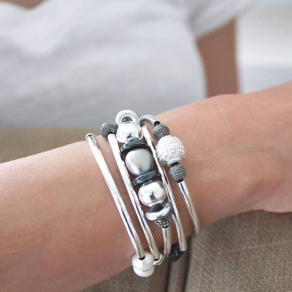 The  Emily Long  shown as bracelet.