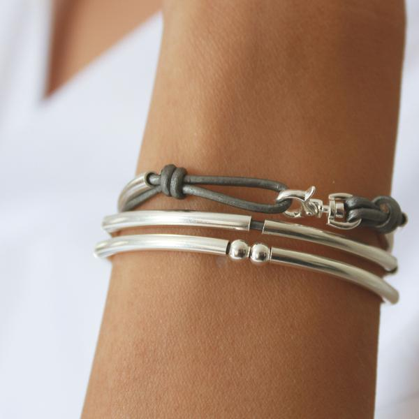 Mini Friendship in Sterling Silver  is a perfect buy for anyone who loves sterling silver.