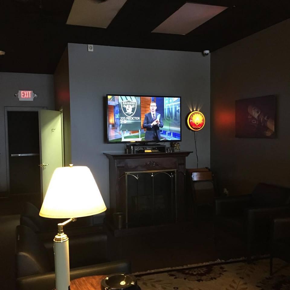 Tobacco Company Harrisburg Lounge.jpg