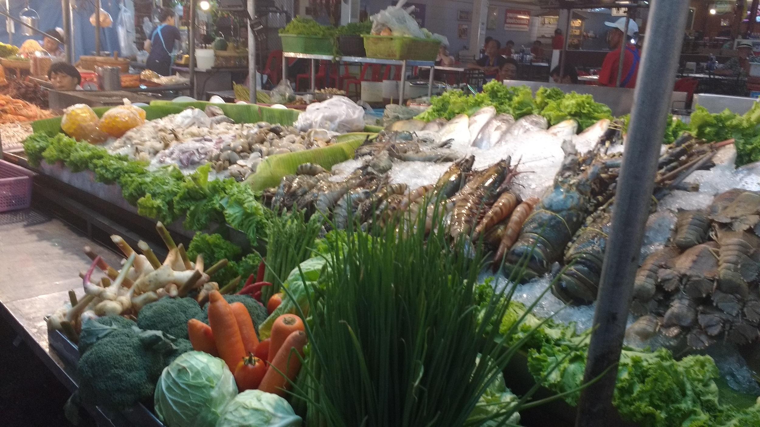 Fantastic seafood at the Night Market