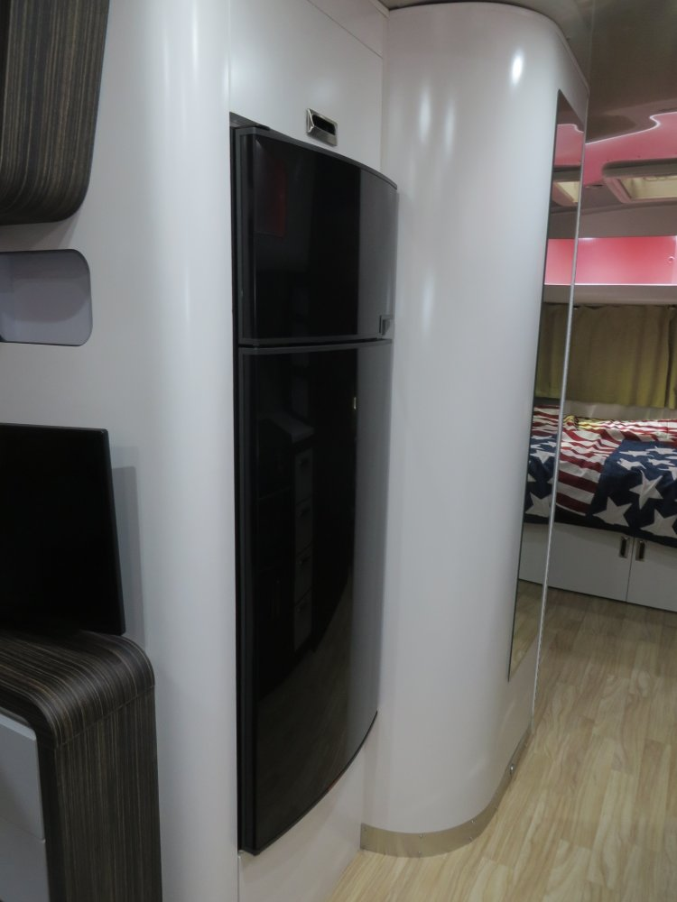 Nicely upgraded fridge and freezer