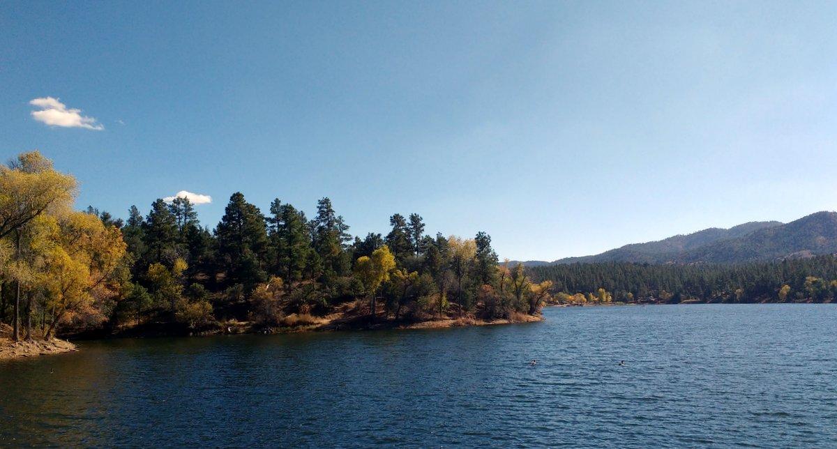Fantastic Autumn hike around Lynx Lake