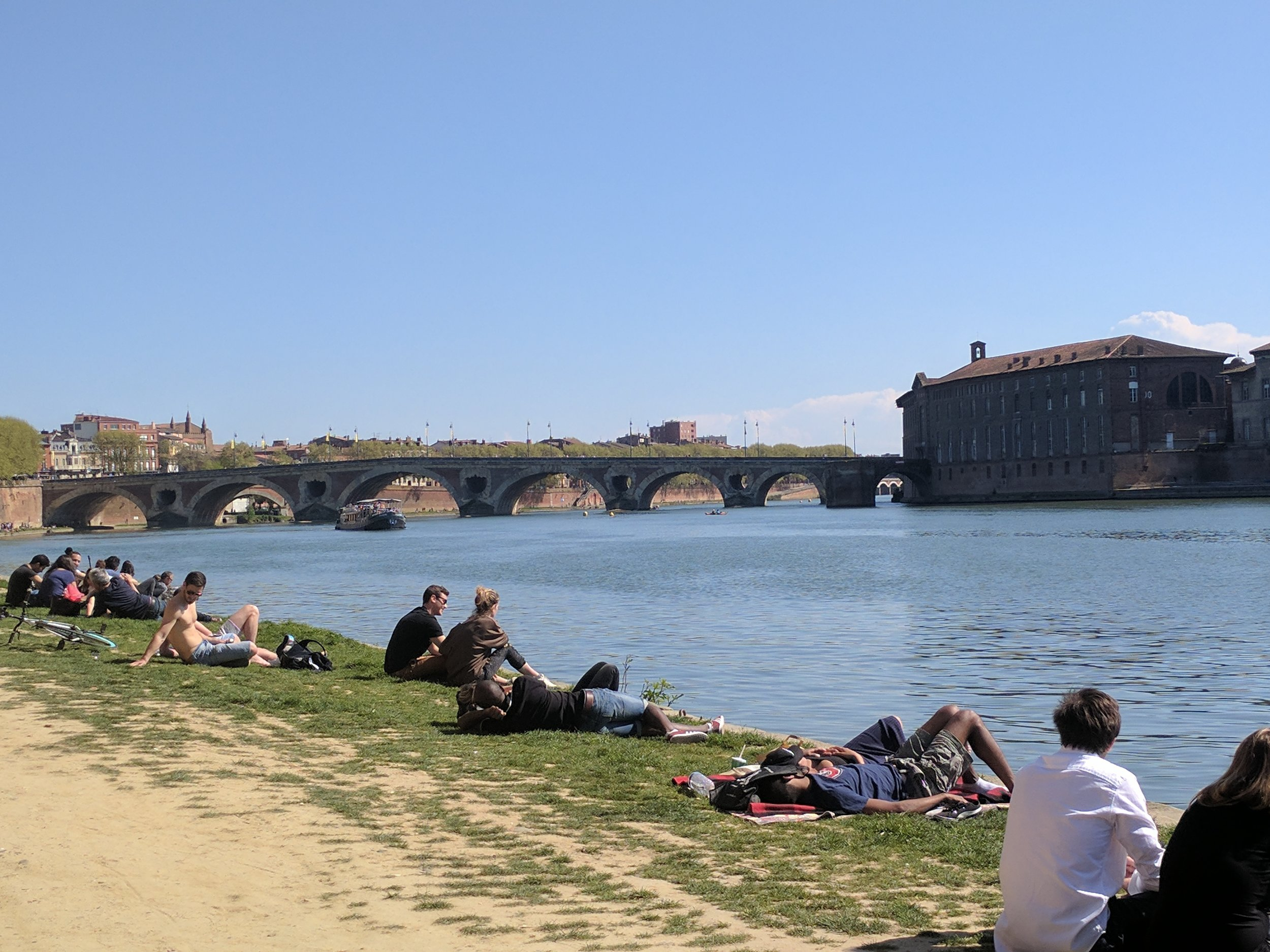 Toulouse river