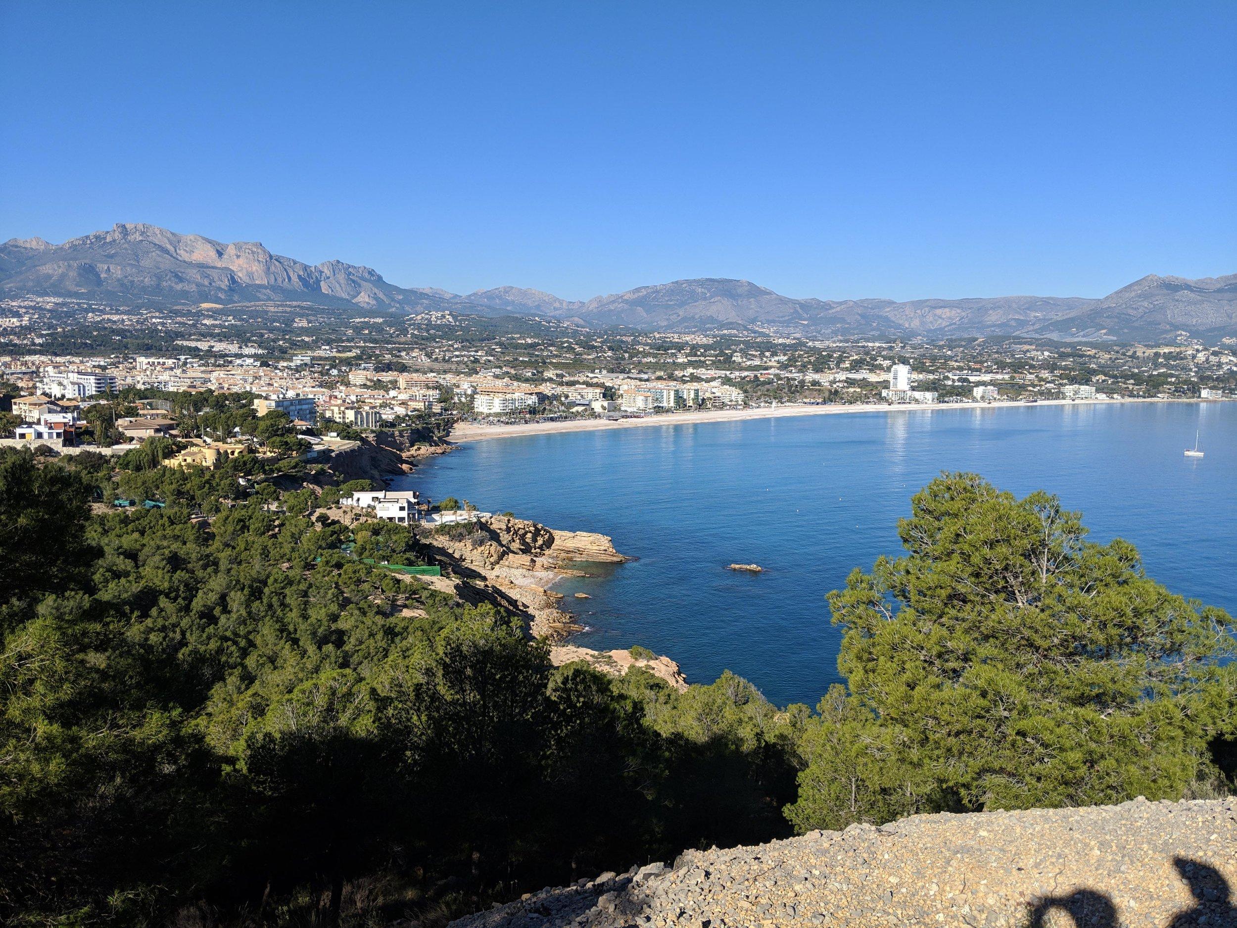 Beautiful hike near Benidorm at the Faro de Albir