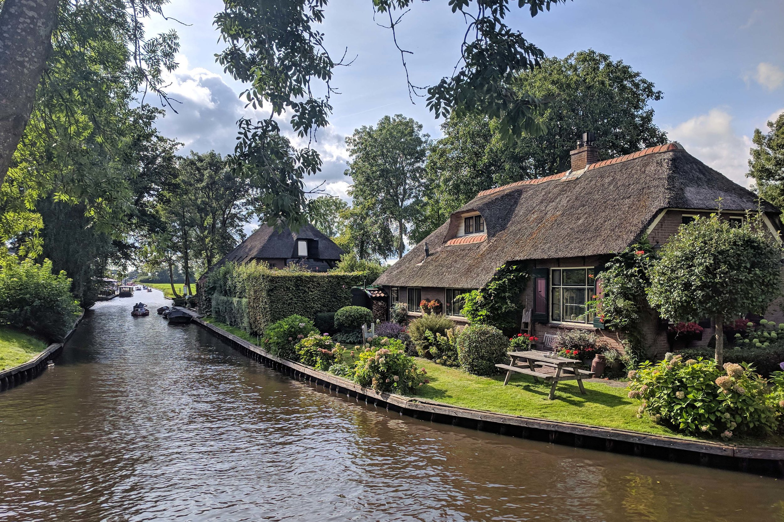 Picture Postcard Giethoorn