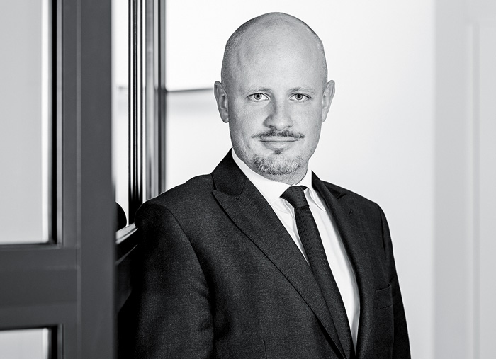 immigration lawyer abroad Basel Plozner