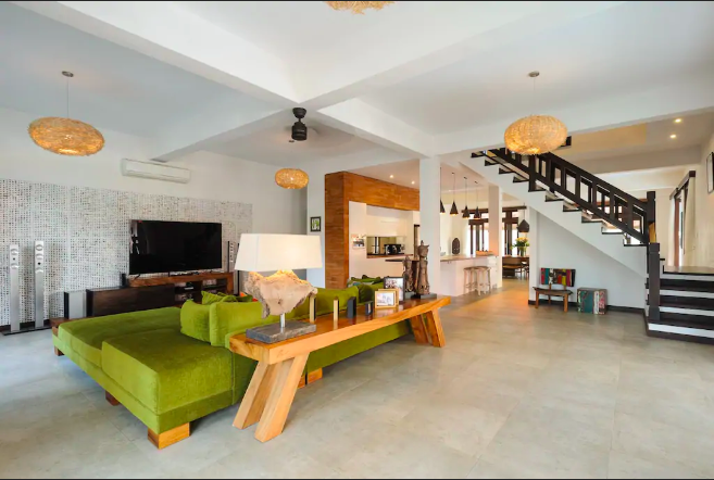 WiFly-Nomads-Private-Villa-Accommodation-Bali-5.png