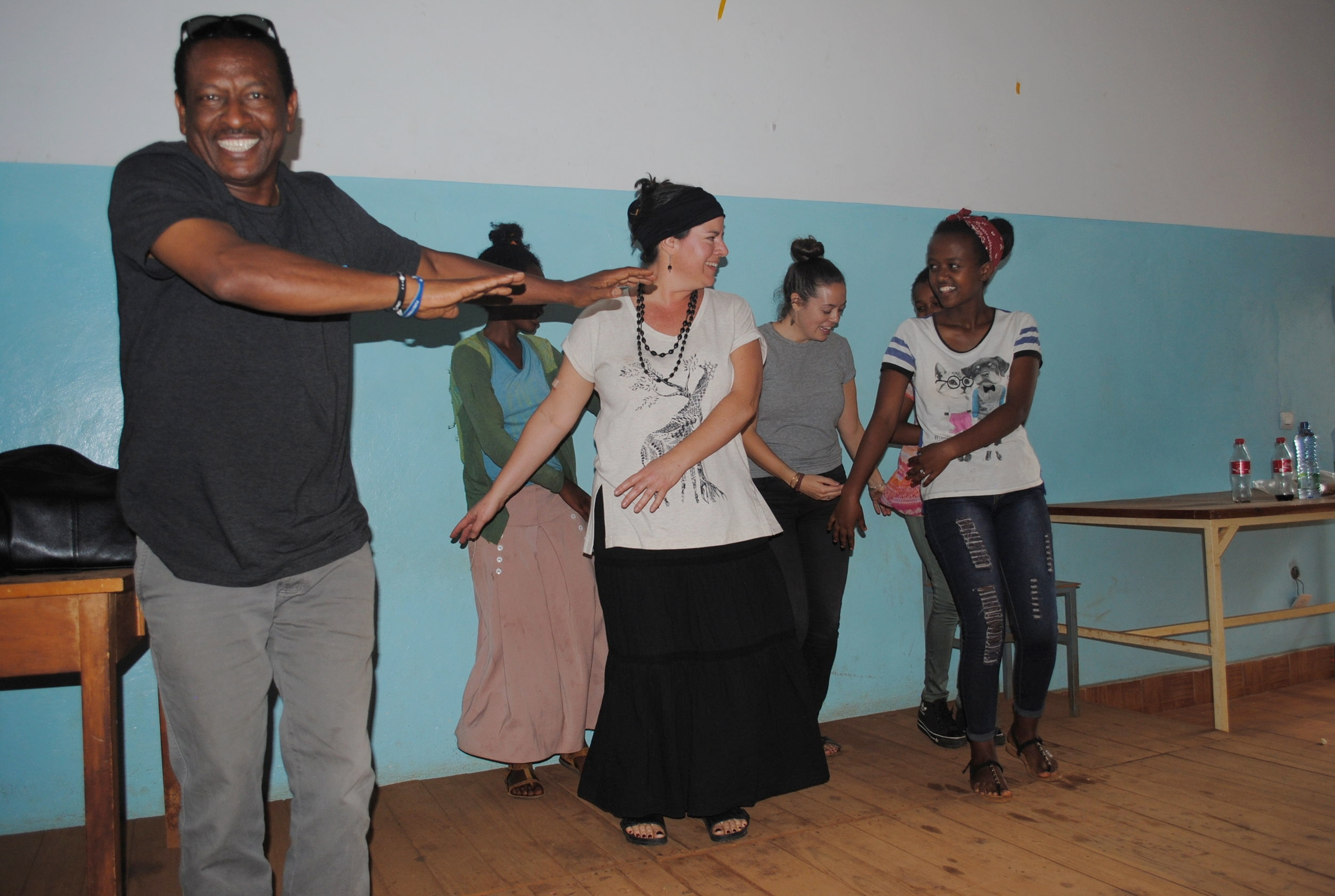 It was so much fun to see Gecho bust out his dance moves with the athletic scholars at our Girls Gotta Run party!