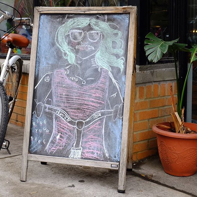 Happy Friday everyone. 🌞 . . . . . . #bikeshop #shoplife #bikelife #rideyourbike #ridebikesfeelfree #ridebikeshavefun #bikesareforeveryone #chalkboard #shopsign #bikemechanic #bikeart #bikemechanic #bikerepair #bikenyc #bikebrooklyn #bikebushwick #bushwick #nyc #havencycles #neverestablished