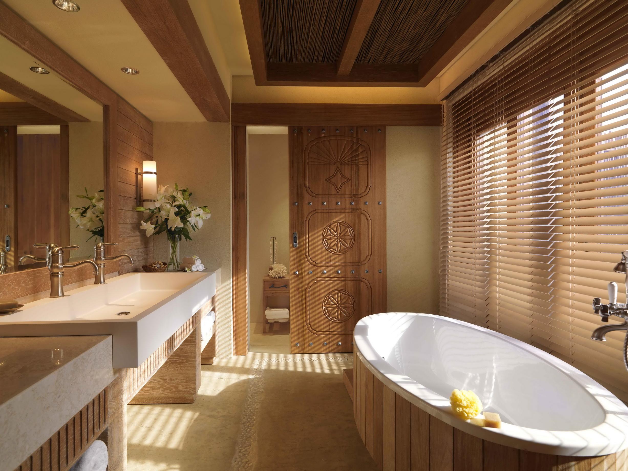 43433611-H1-Bathroom.jpg