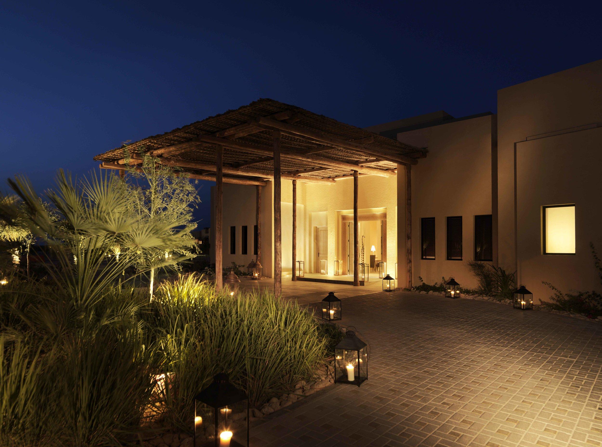 54670180-H1-Resort_entrance.jpg