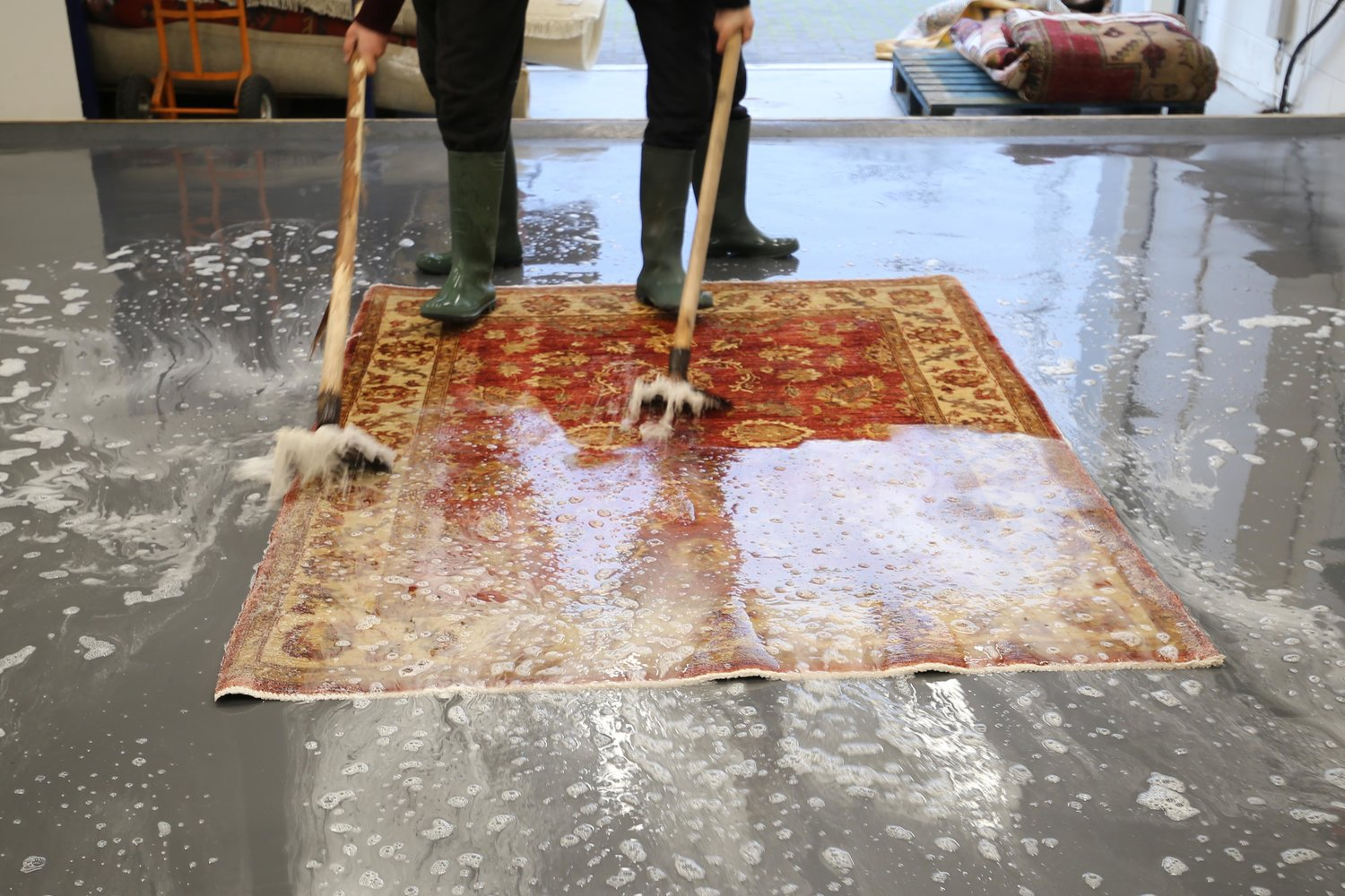 Rug Cleaning - Learn About Our rug cleaning service and receive a free quote