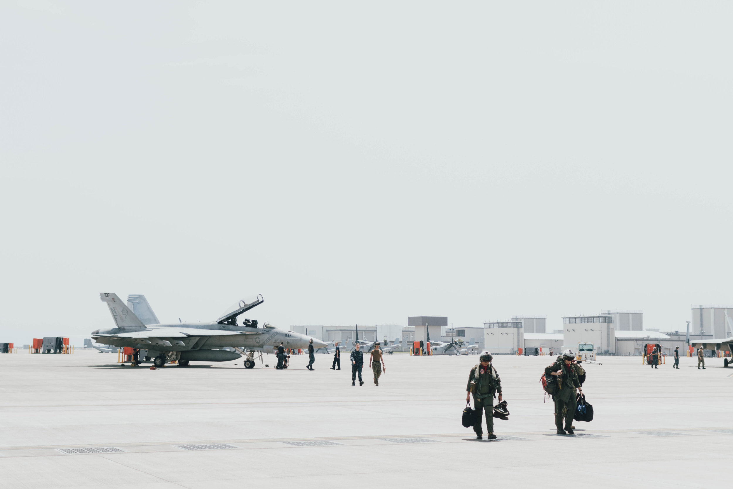 f-18-jet-homecoming-photos-by-samantha-look.jpg