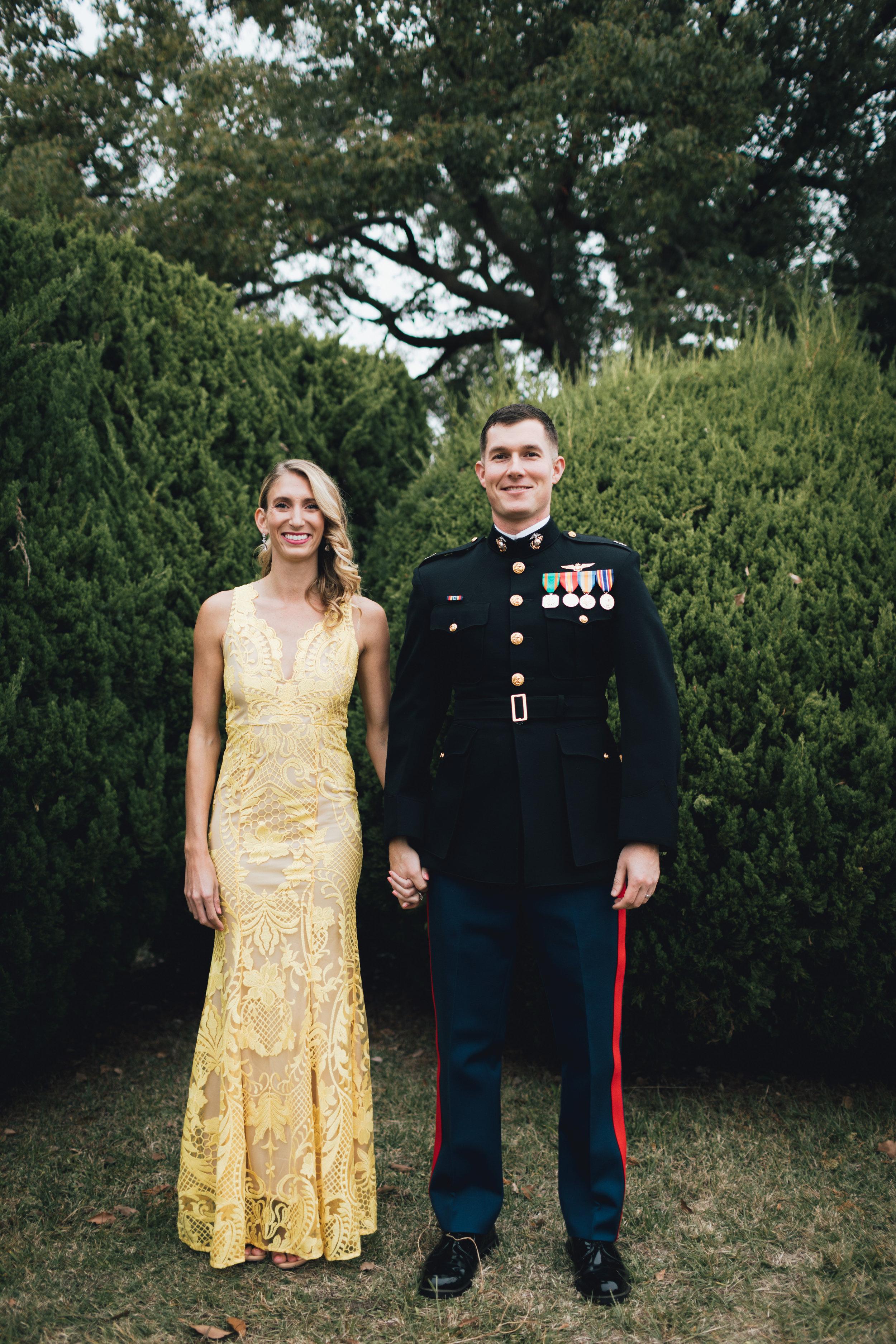 marine-corp-ball-couple-photos-by-samantha-look.jpg