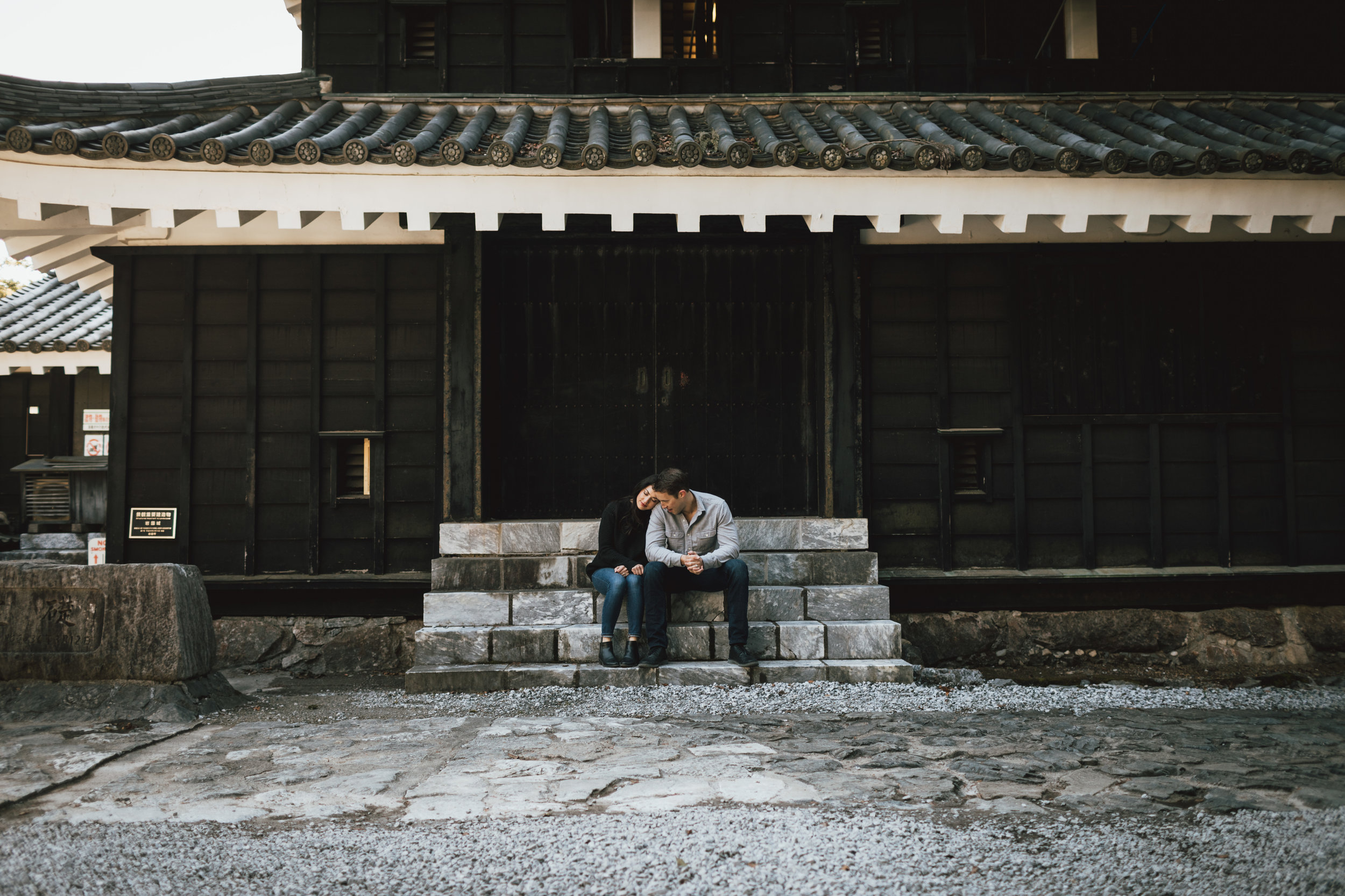 adventurous-relaxed-couples-session-japan.jpg