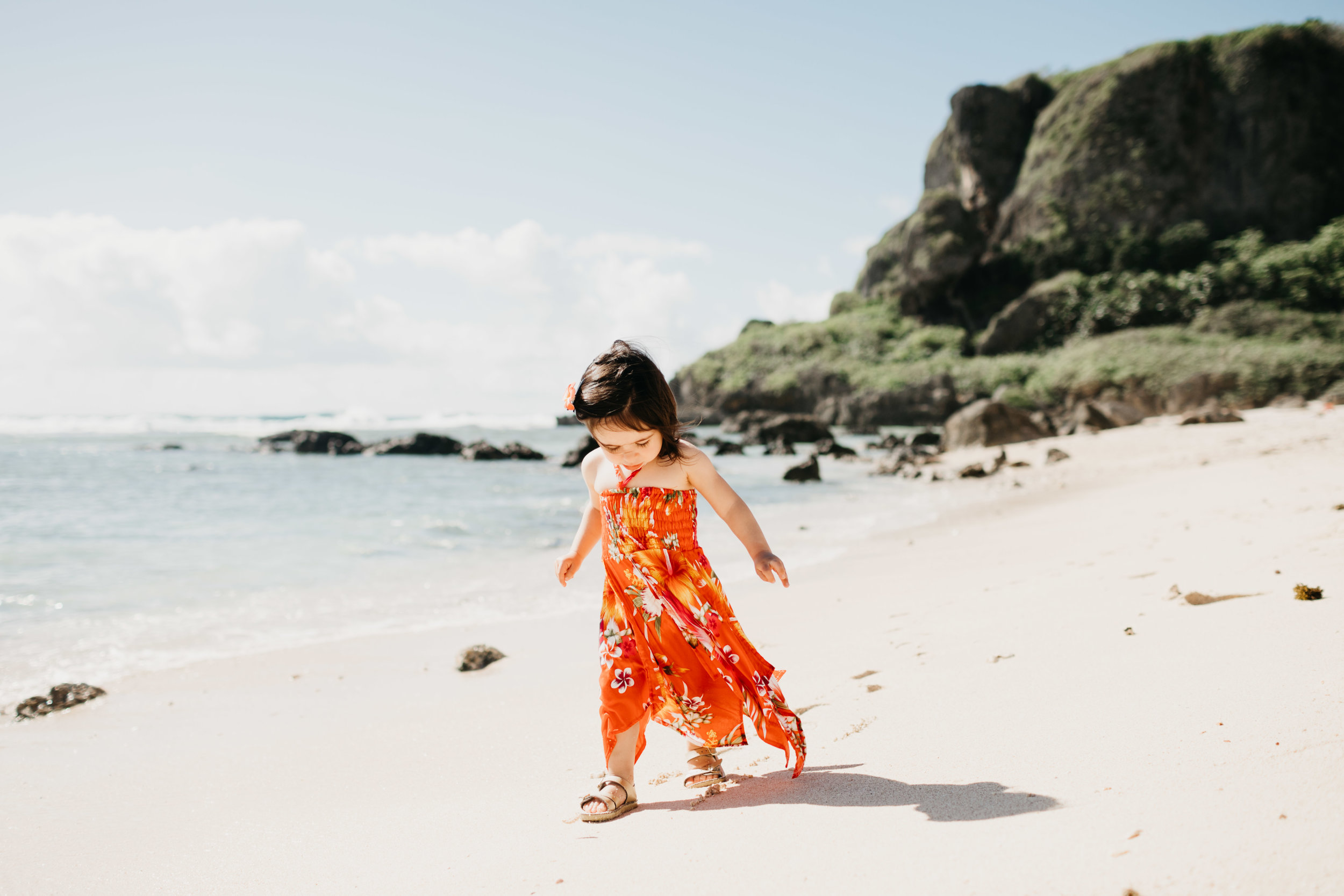 mom-baby-beach-session-guam-photos-by-samantha-look.jpg