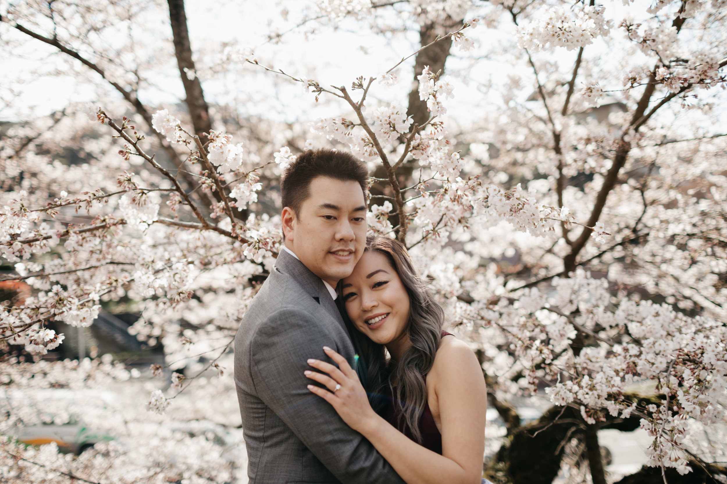 Kyoto-cherry-blossom-Engagement-photo-by-samantha-look.jpg