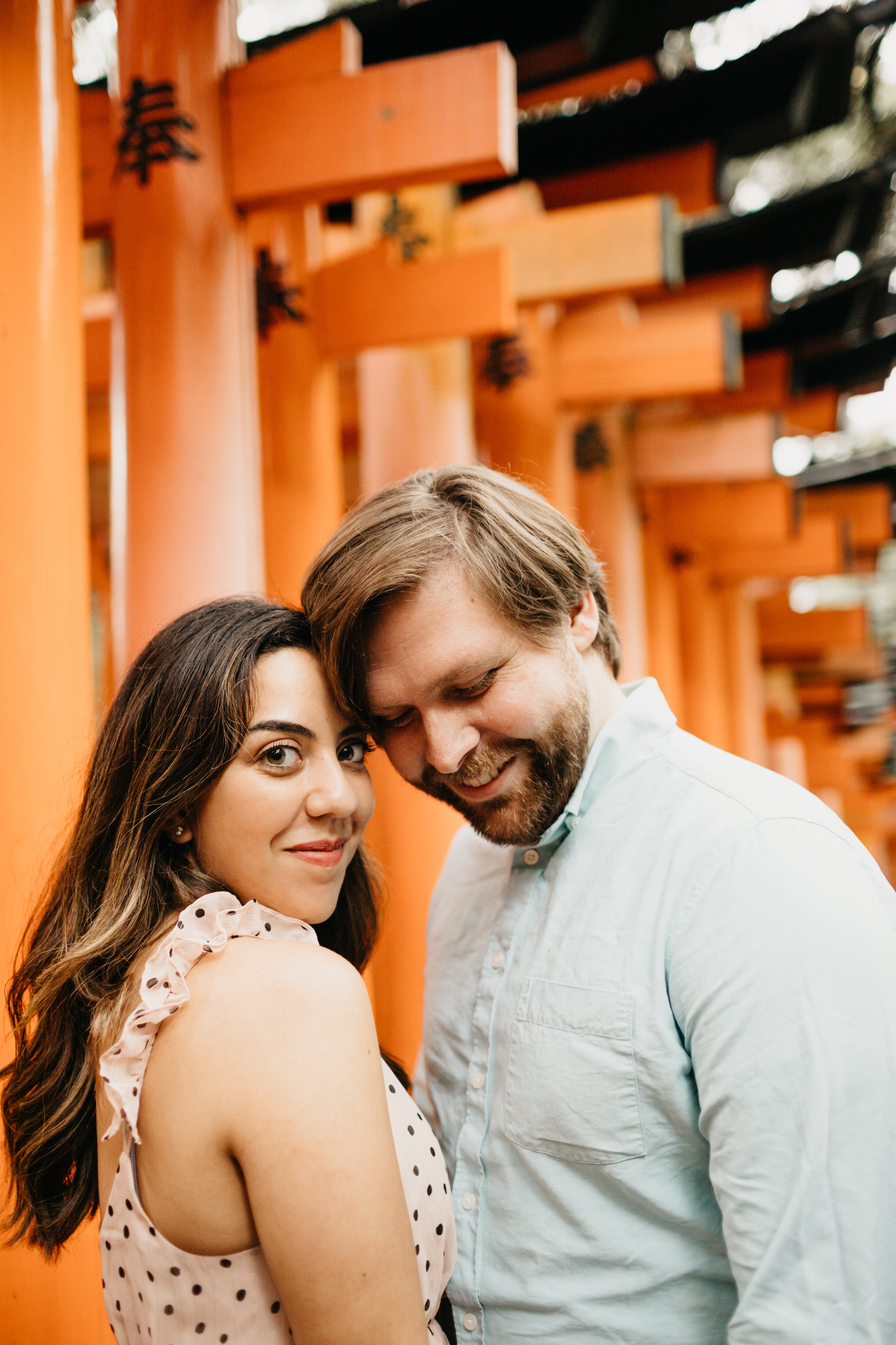 fushimi_inari_shrine_kyoto_couples_session_pictures_by_samantha_look-3.jpg