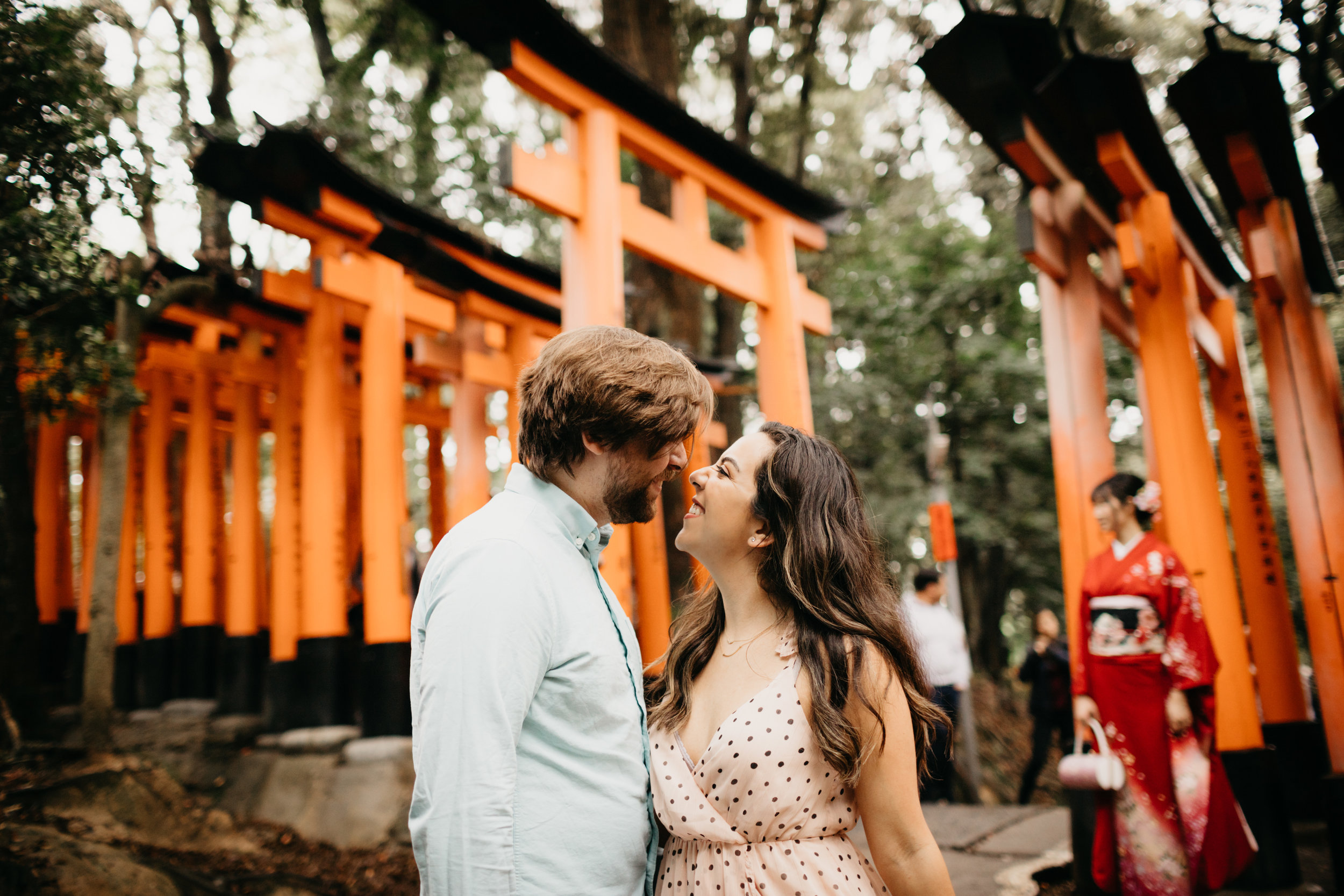 fushimi_inari_shrine_kyoto_couples_session_pictures_by_samantha_look-4.jpg