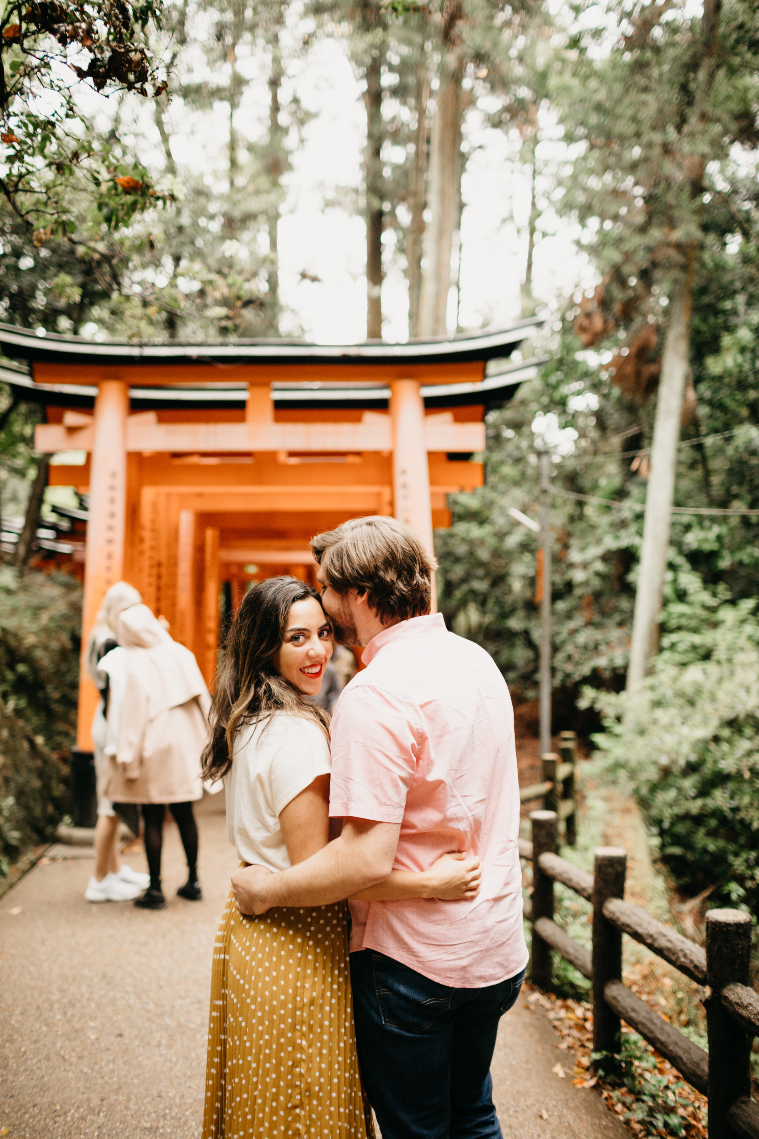 fushimi_inari_shrine_kyoto_couples_session_pictures_by_samantha_look-8.jpg