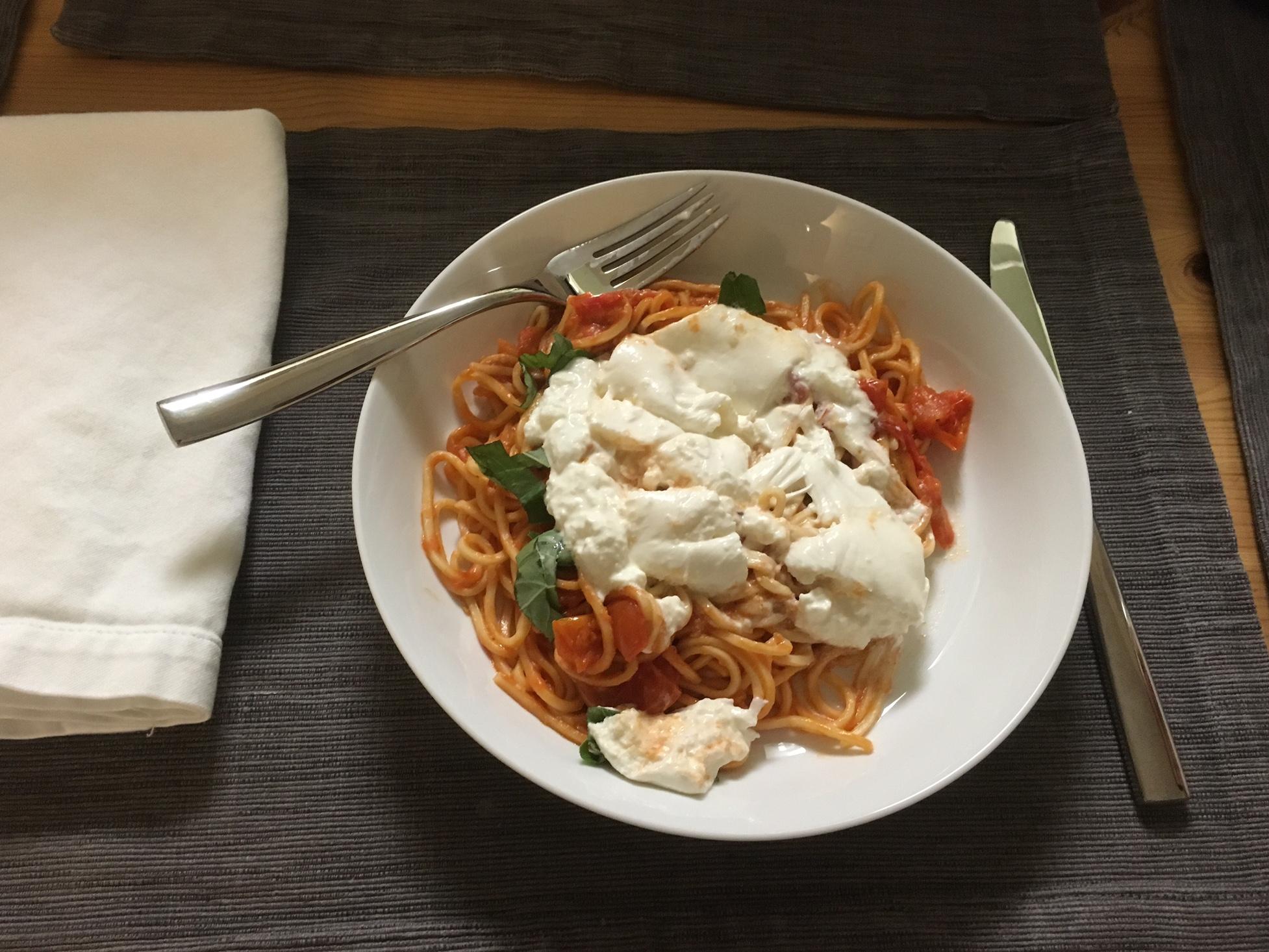 Spaghetti with burrata.