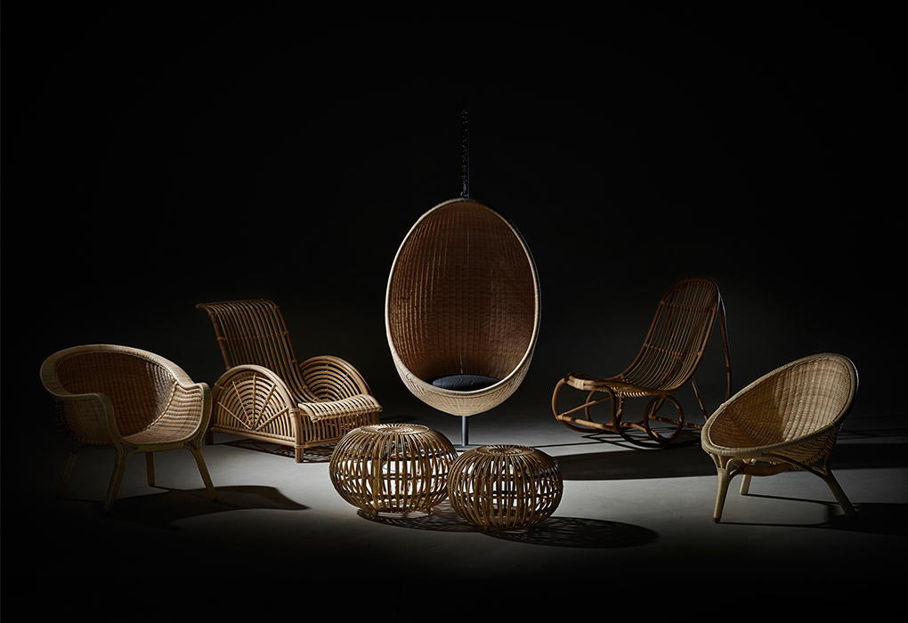 Hanging Egg Chair designed by Nanna Ditzel