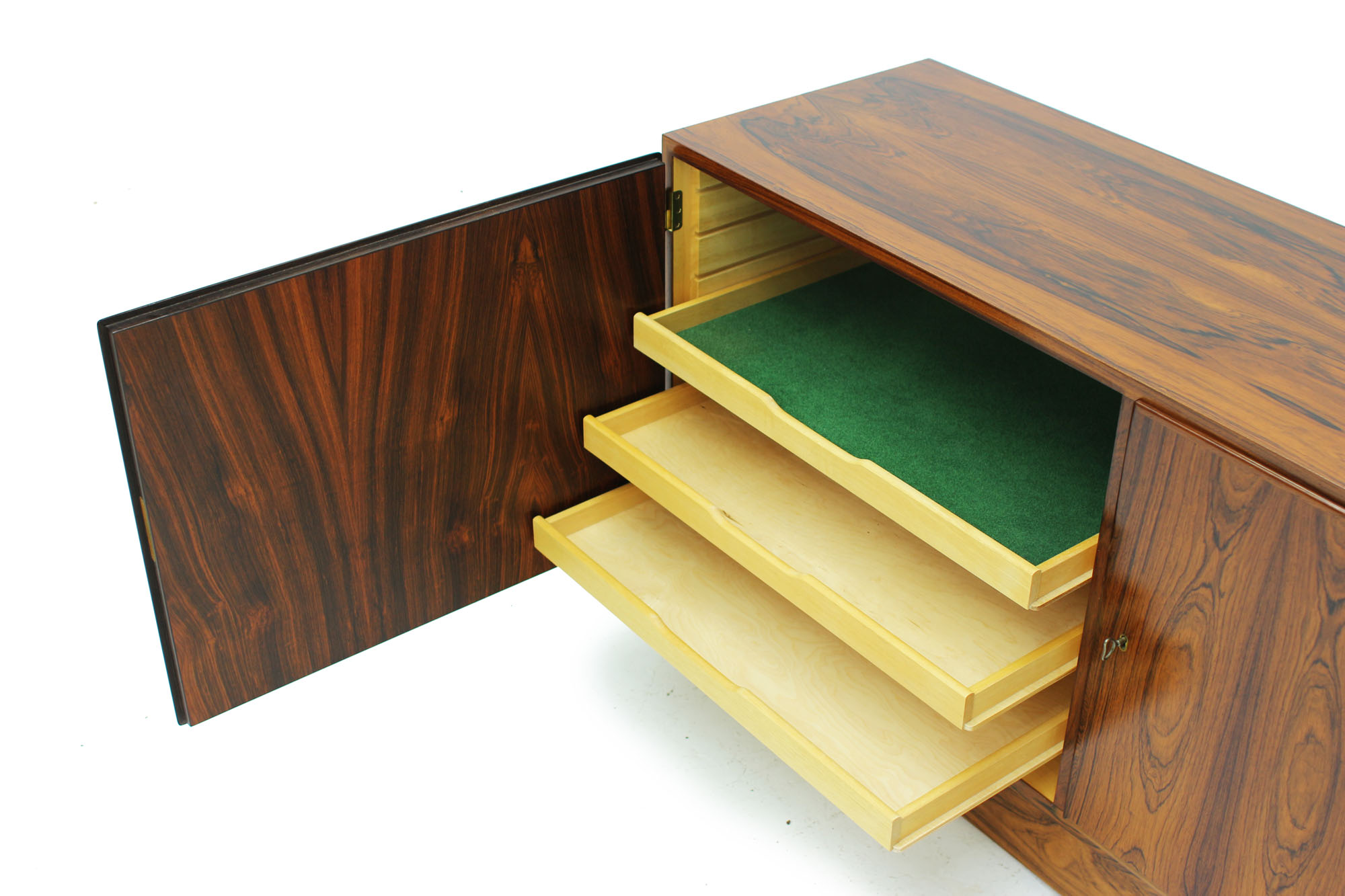 Danish Poul Hundevad cabinet with pull out drawer original keys in Rosewood (2).jpg