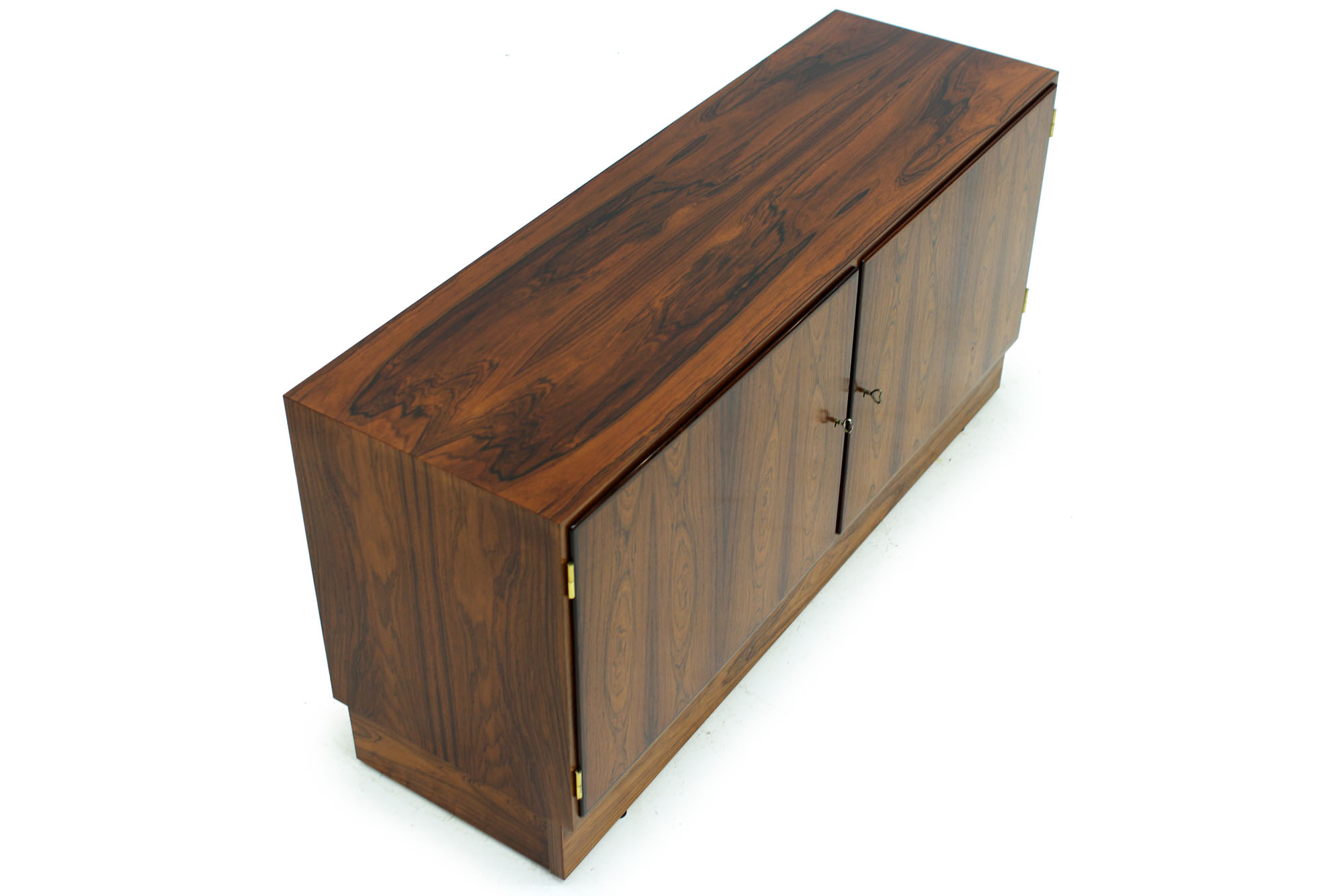 Danish Poul Hundevad cabinet with pull out drawer original keys in Rosewood (3).jpg